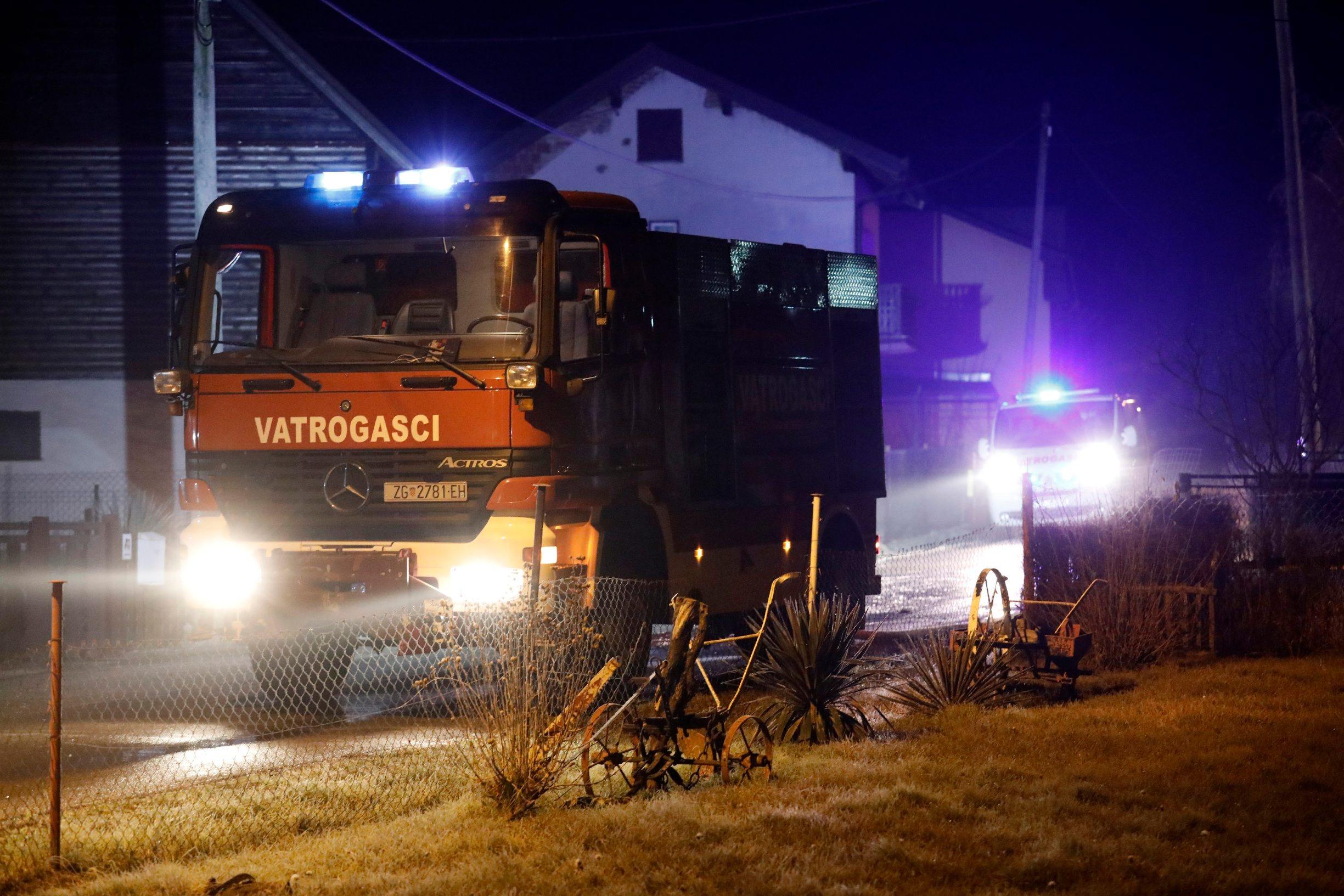 V. Gorica, 250120. Barbarici Kravarski. Policija obavlja ocevid na mjestu pozara u obiteljskoj kuci pri cemu je smrtno stradala jedna osoba. Foto: Tomislav Kristo / CROPIX