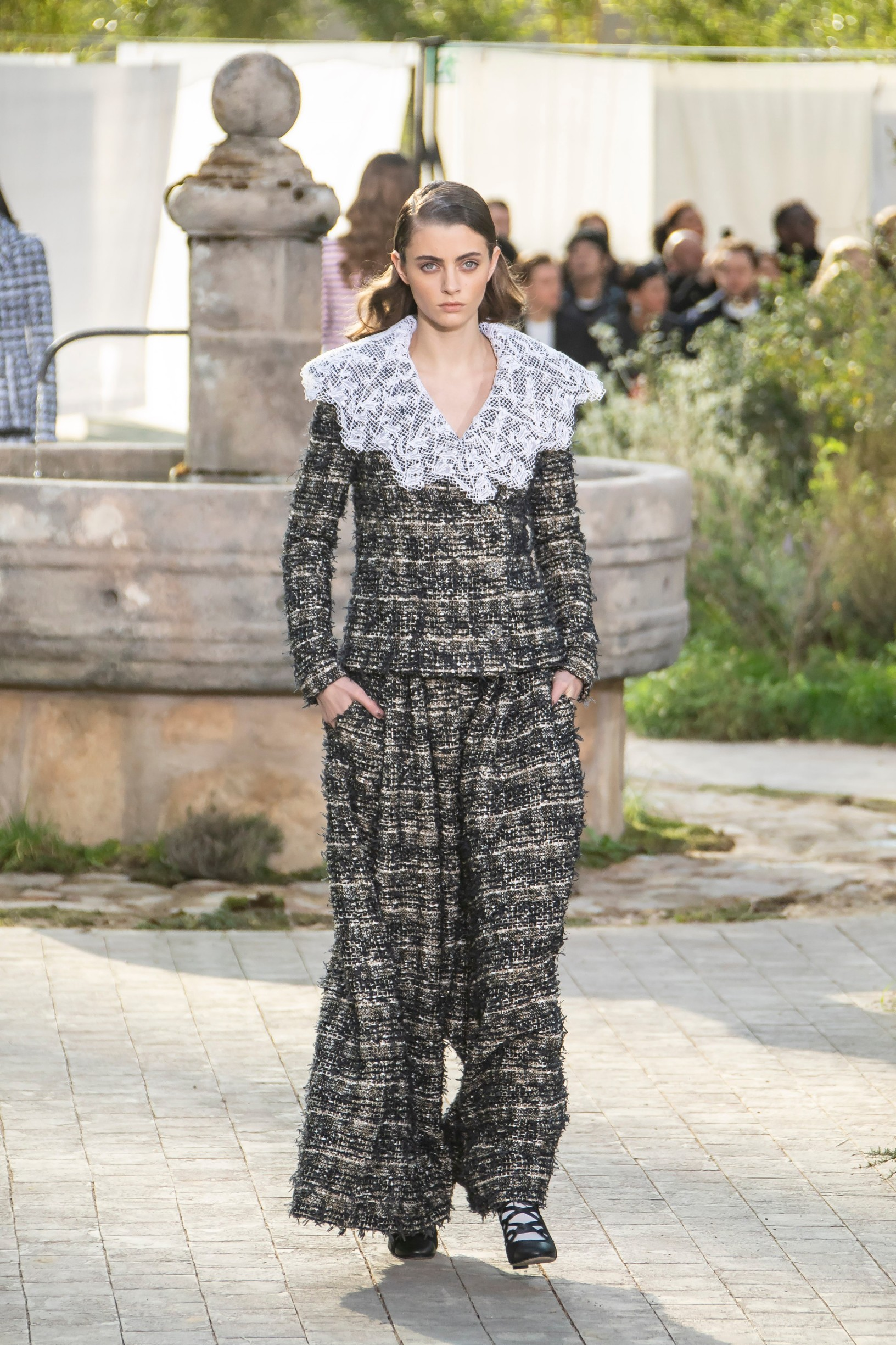 Model walks the runway during the Chanel Haute Couture Spring/Summer 2020 show as part of Paris Fashion Week on January 21, 2020 in Paris, France., Image: 494116595, License: Rights-managed, Restrictions: , Model Release: no, Credit line: Sebastien Courdji / KCS Presse / Profimedia