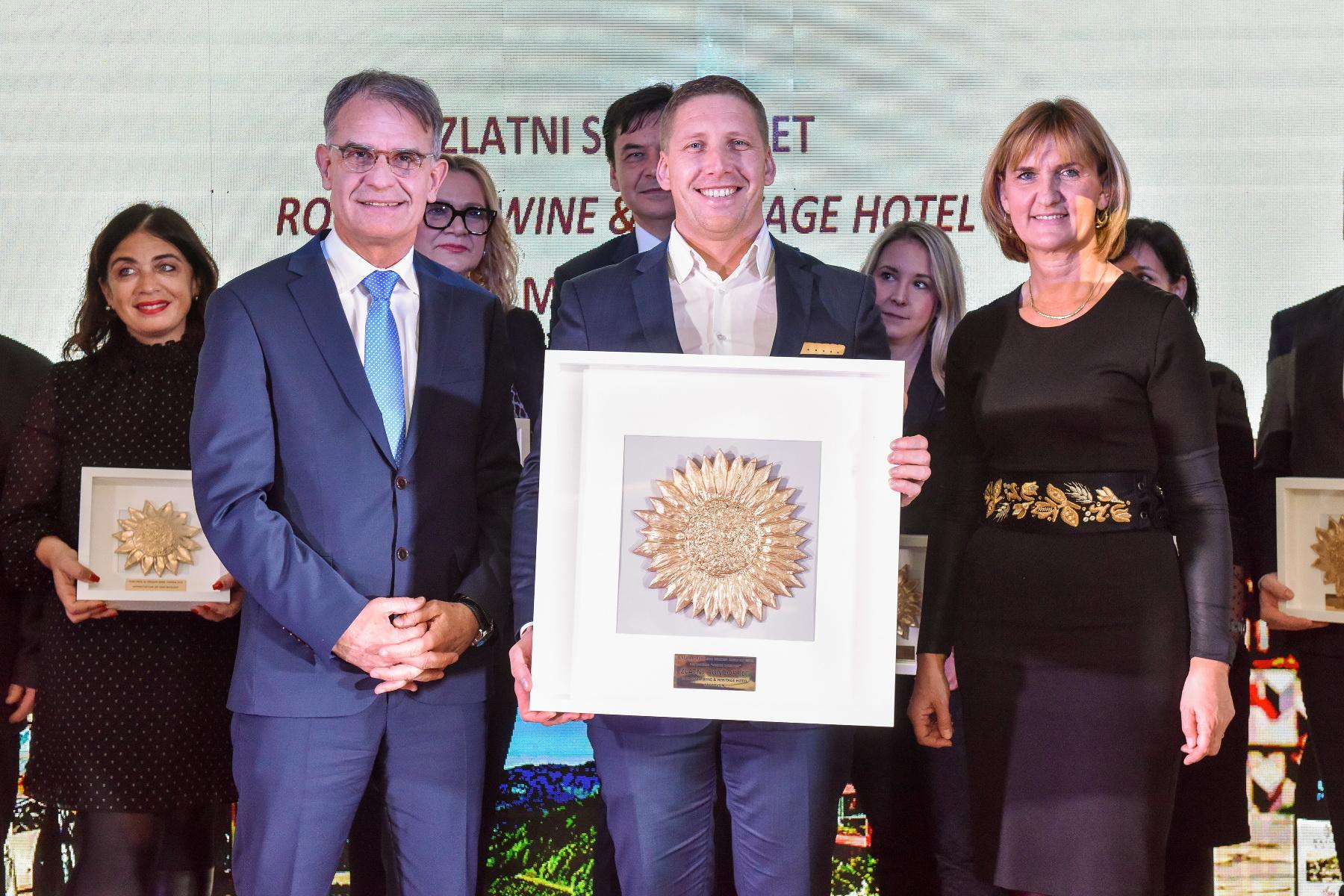 Veliki Zlatni suncokret uručen je Aldi Krizmaniću iz Roxsanich Wine & Heritage hotela Motovun