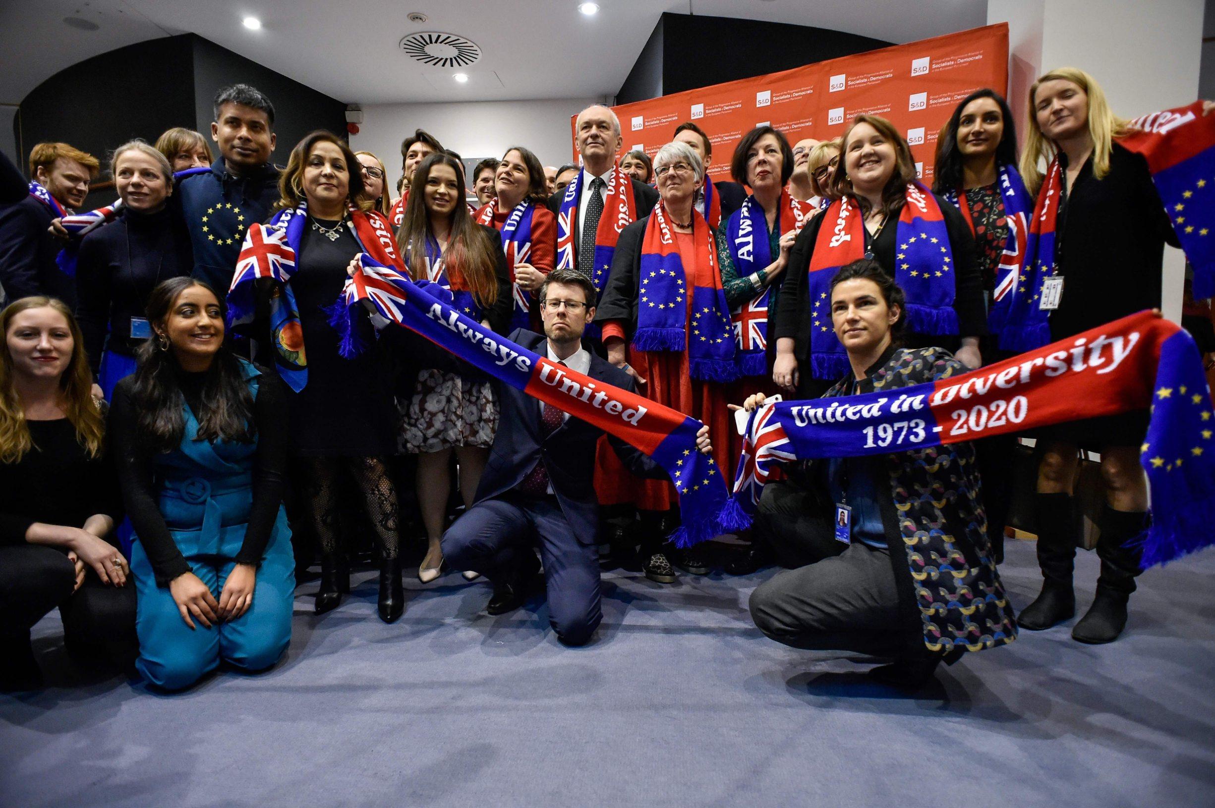 Britanski zastupnici iz grupacije S&D prije posljednje sjednice Europskog parlamenta