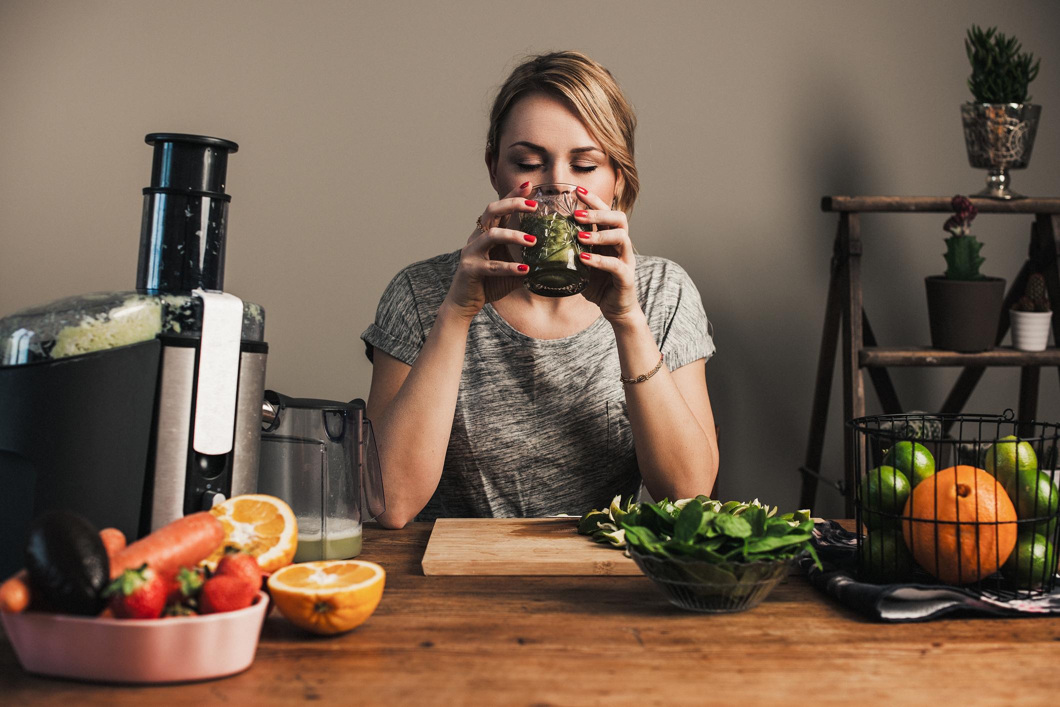 Prelazak na vegansku prehranu prilika je da naučite više o prehrani, o tomu kako napraviti ravnotežu u unosu nekih prehrambenih namirnica te na koji način hranu obogatiti dodacima koji nedostaju.