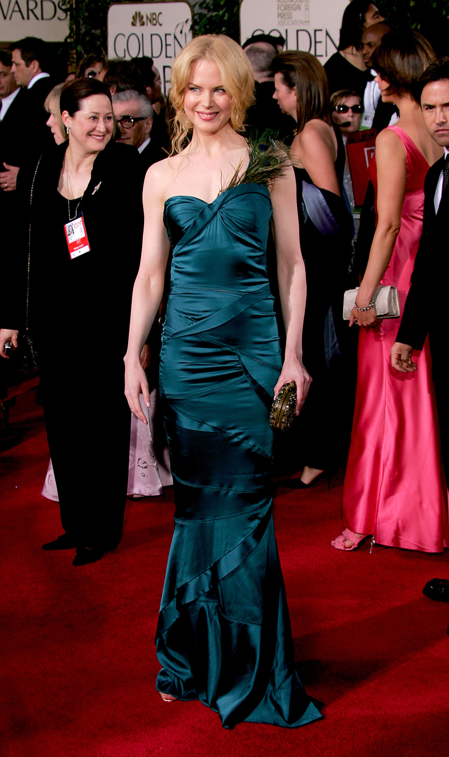 BEVERLY HILLS, CA - JANUARY 16:  Actress Nicole Kidman arrives to the 62nd Annual Golden Globe Awards at the Beverly Hilton Hotel January 16, 2005 in Beverly Hills, California. (Photo by Carlo Allegri/Getty Images)