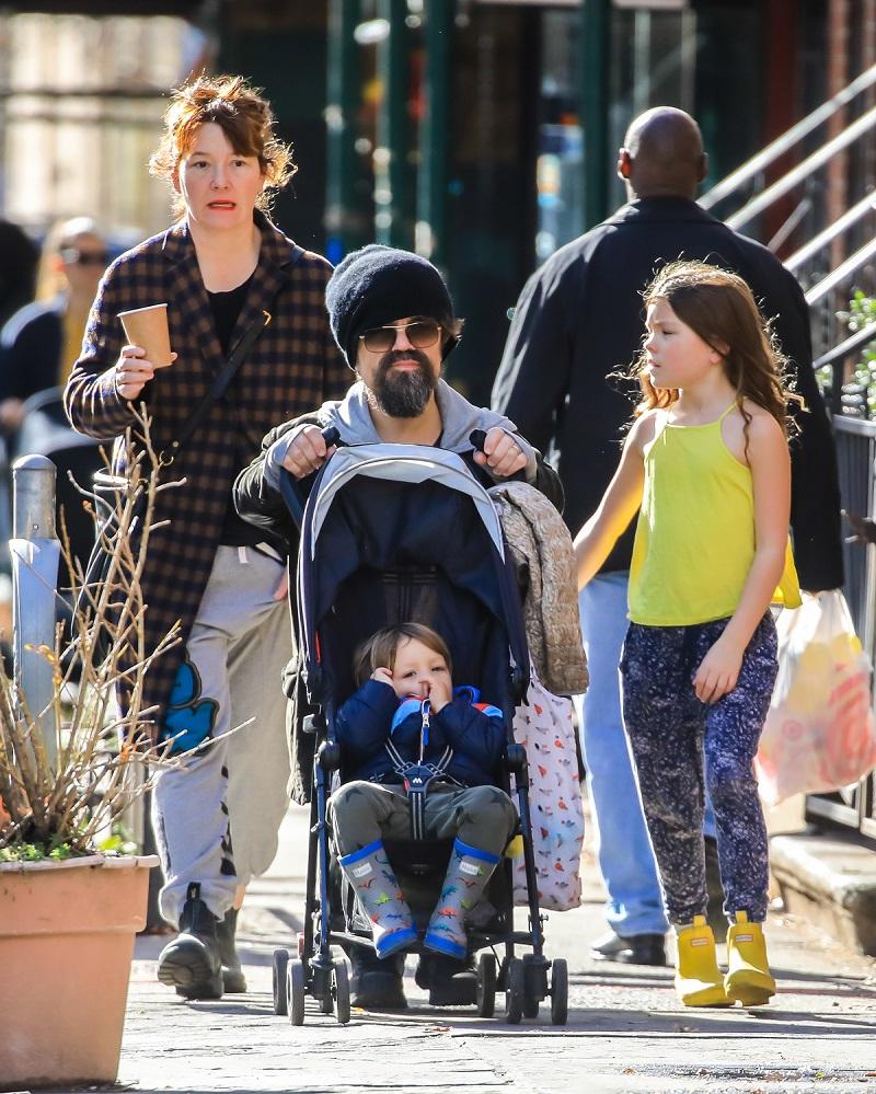 Peter Dinklage s obitelji
