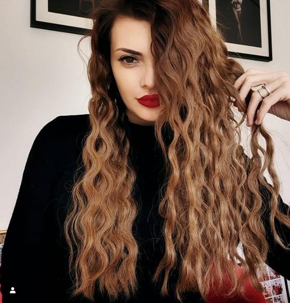 ella_dvornik
