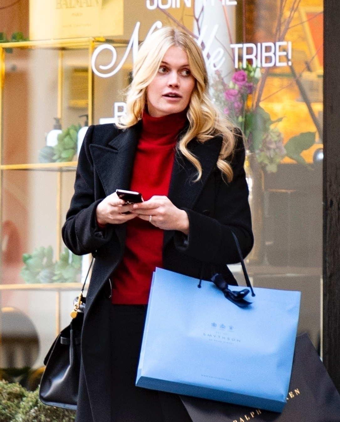 London, UNITED KINGDOM  - *EXCLUSIVE*  - *NO UK ONLINE SITES - NOT AVAILABLE FOR DAILY MAIL ONLINE*  Lady Kitty Spencer engagement: Princess Diana's niece spotted wearing diamond ring in unearthed snaps from November 2019. It has recently been revealed that the 29 year old has got engaged to £80 million fashion tycoon Michael Lewis who is 32 years older than her. She went to the hairdressers in Chelsea.  PICTURED 13 NOVEMBER 2019  *STRICTLY NOT AVAILABLE FOR ANY SUBSCRIPTION DEALS*  *UK Clients - Pictures Containing Children Please Pixelate Face Prior To Publication*, Image: 490945677, License: Rights-managed, Restrictions: RIGHTS: WORLDWIDE EXCEPT IN AUSTRALIA, AUSTRIA, GERMANY, SWITZERLAND, Model Release: no, Credit line: MJ Pictures / BACKGRID / Backgrid UK / Profimedia