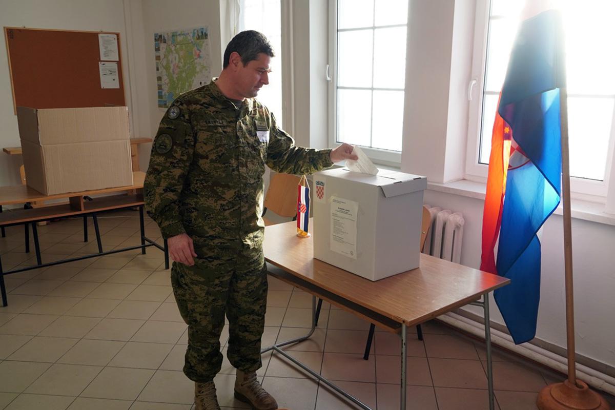 20200105_predsjednicki_izori_pl_5