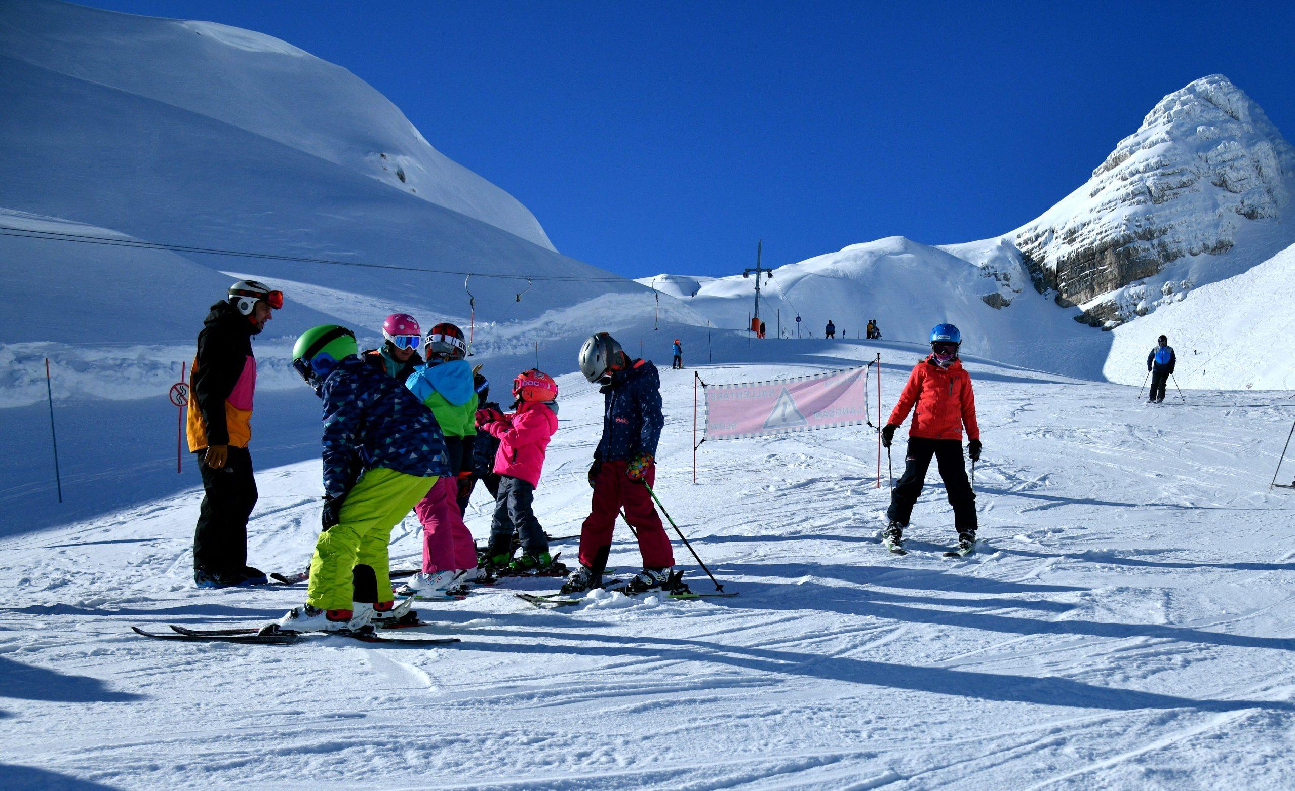 ski_patrola1-020120