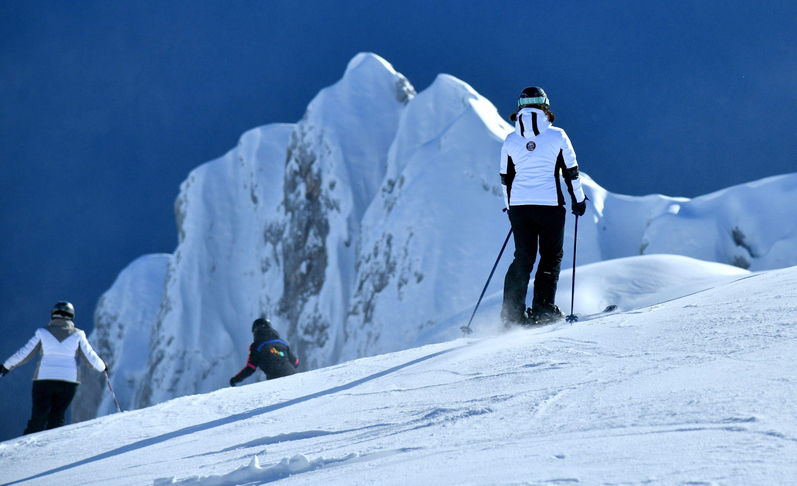 ski_patrola21-020120_1