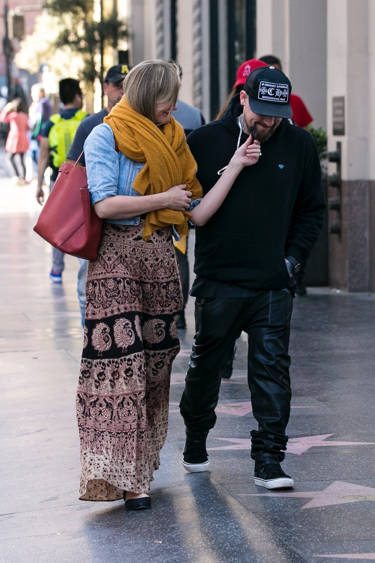 Los Angeles, CA  - *EXCLUSIVE* Camren Diaz and her hubby Benji Madden are seen heading to see