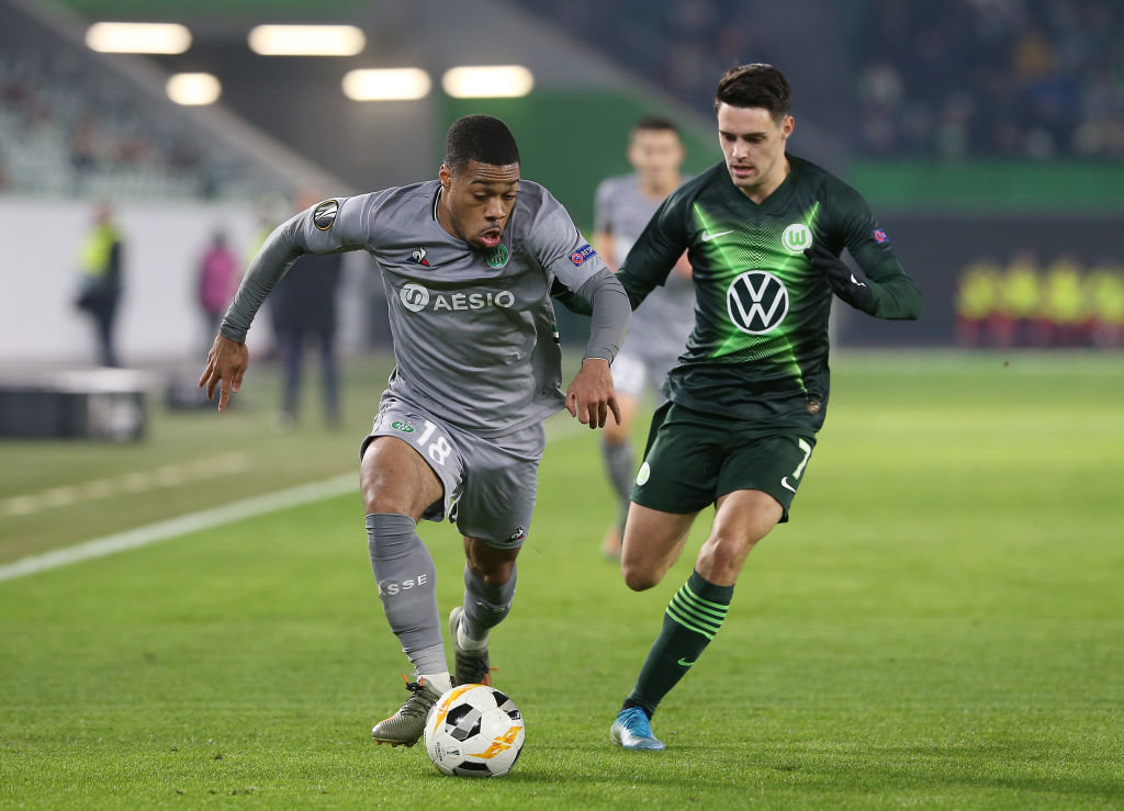 WOLFSBURG, GERMANY - DECEMBER 12: (L-R) Arnaud Nordin of AS Saint-Etienne and Josip Brekalo of VfL Wolfsburg battle for the ball during the UEFA Europa League group I match between VfL Wolfsburg and AS Saint-Etienne at Volkswagen Arena on December 12, 2019 in Wolfsburg, Germany. (Photo by Cathrin Mueller/Getty Images)