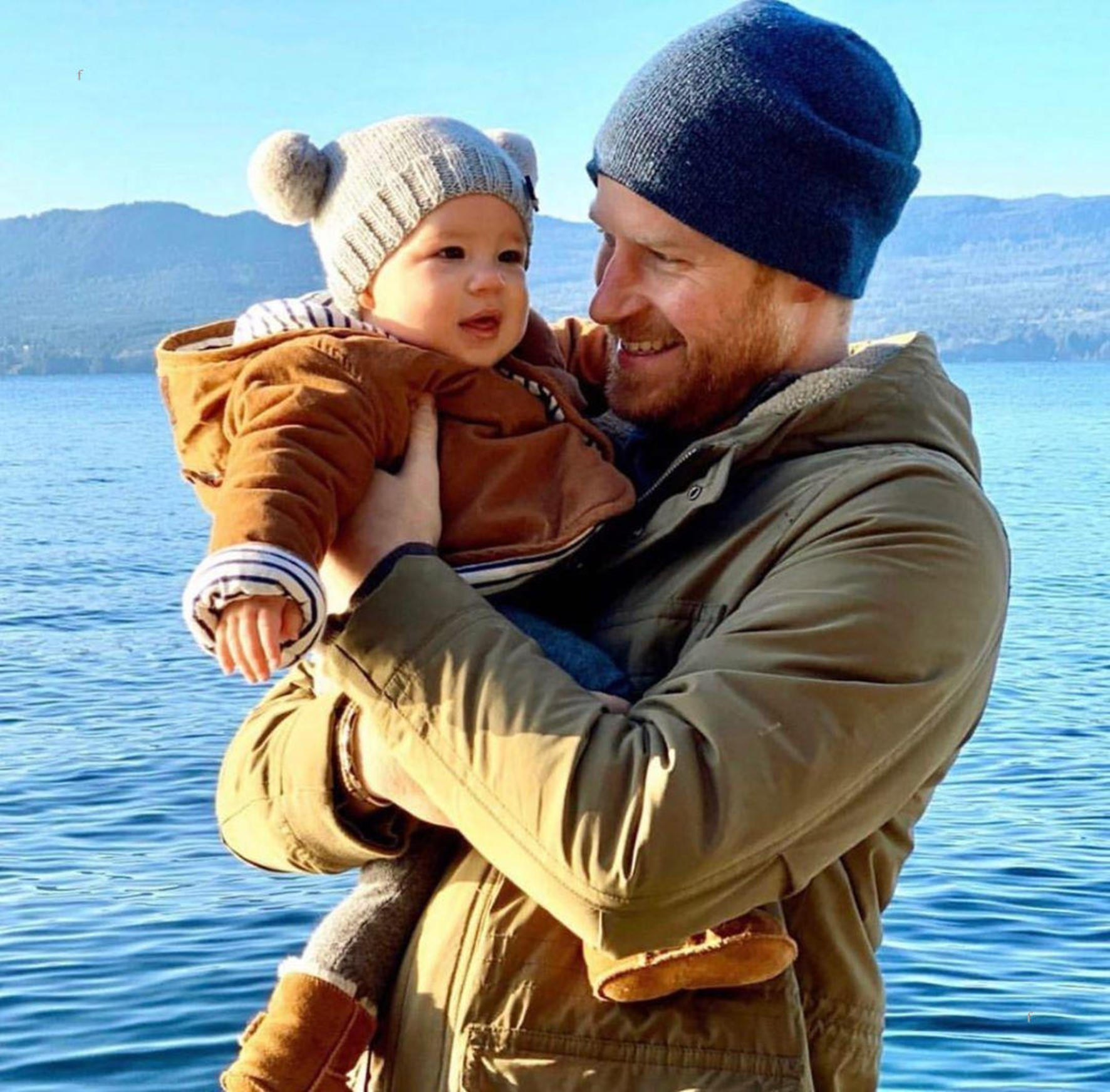 Meghan Markle (hrhofsussex / 31.12.2019): NEW ARCHIE PHOTO!! How sweet is this!!? Meghan and Harry just released this sweet photograph of Harry & Archie! Im guessing this was taken by Meghan during their Holiday on Vancouver Island in British Columbia! He is the cutest little thing and it looks like he has Megs eyes and little button nose!, Image: 490987272, License: Rights-managed, Restrictions: , Model Release: no, Credit line: face to face / Face to Face / Profimedia