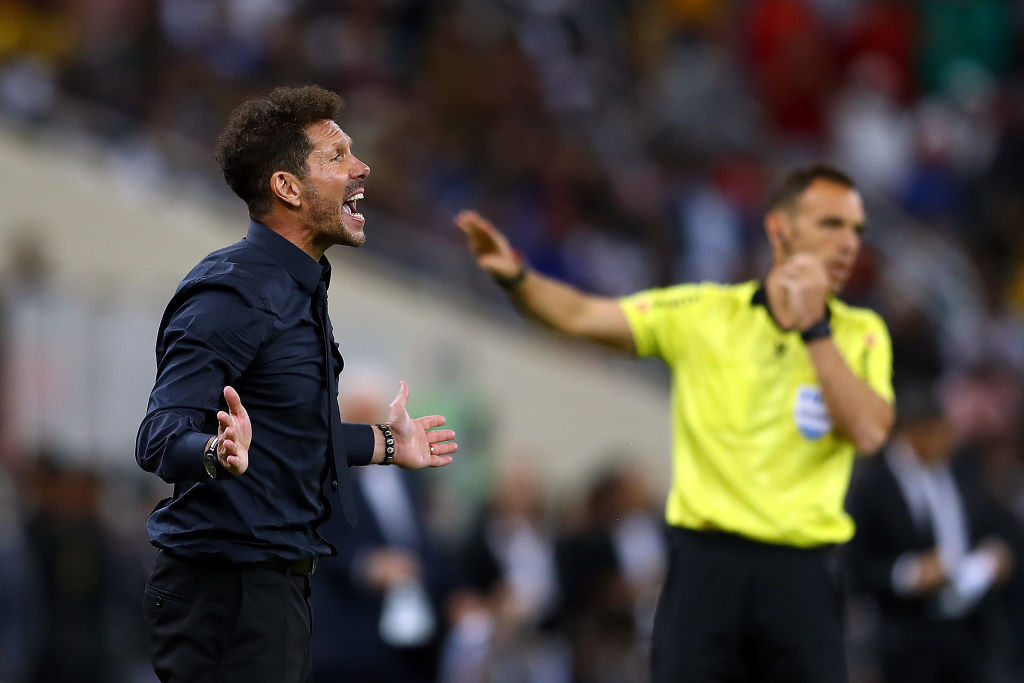 JEDDAH, SAUDI ARABIA - JANUARY 09: Athletico Madrid Manager Diego Simeone gestures during the Supercopa de Espana Semi-Final match between FC Barcelona and Club Atletico de Madrid at King Abdullah Sports City on January 09, 2020 in Jeddah, Saudi Arabia. (Photo by Francois Nel/Getty Images)