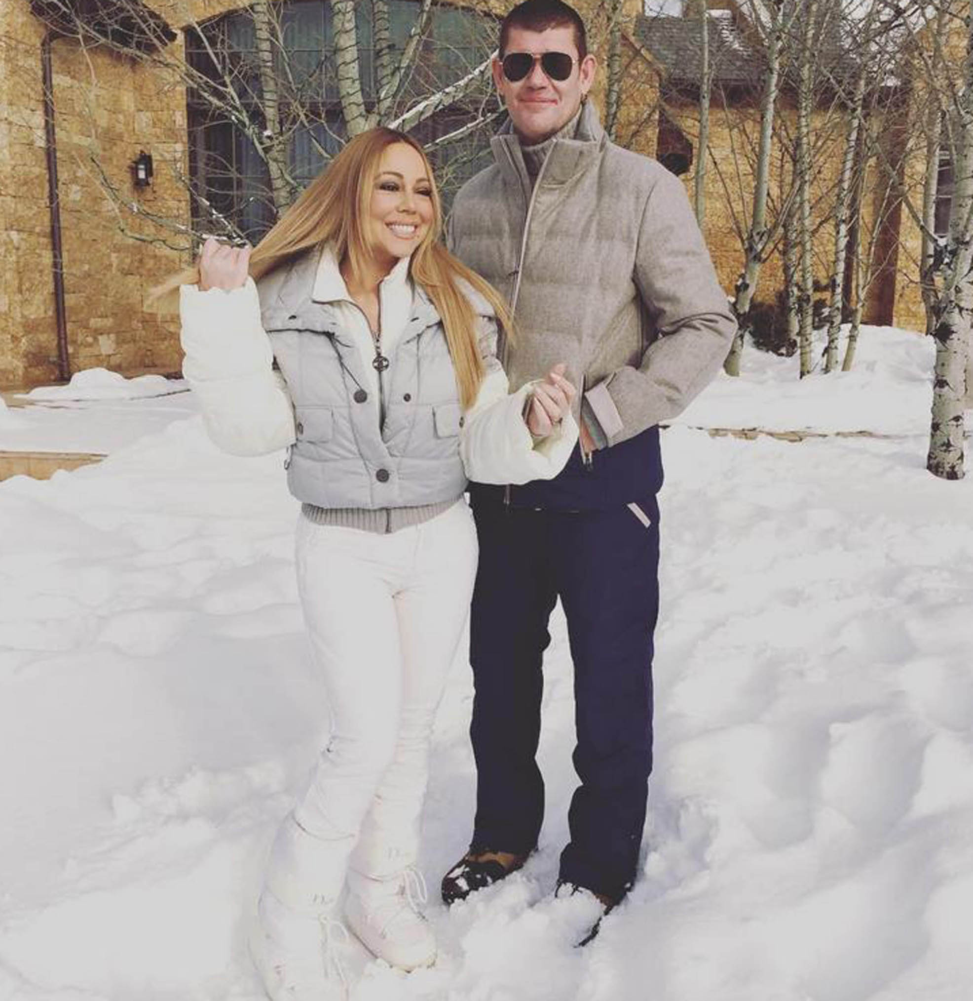 23-12-2015  Celebrity Selfies   Pictured: Mariah Carey and James Packer,Image: 269900655, License: Rights-managed, Restrictions: , Model Release: no, Credit line: PLANET PHOTOS / Planet / Profimedia