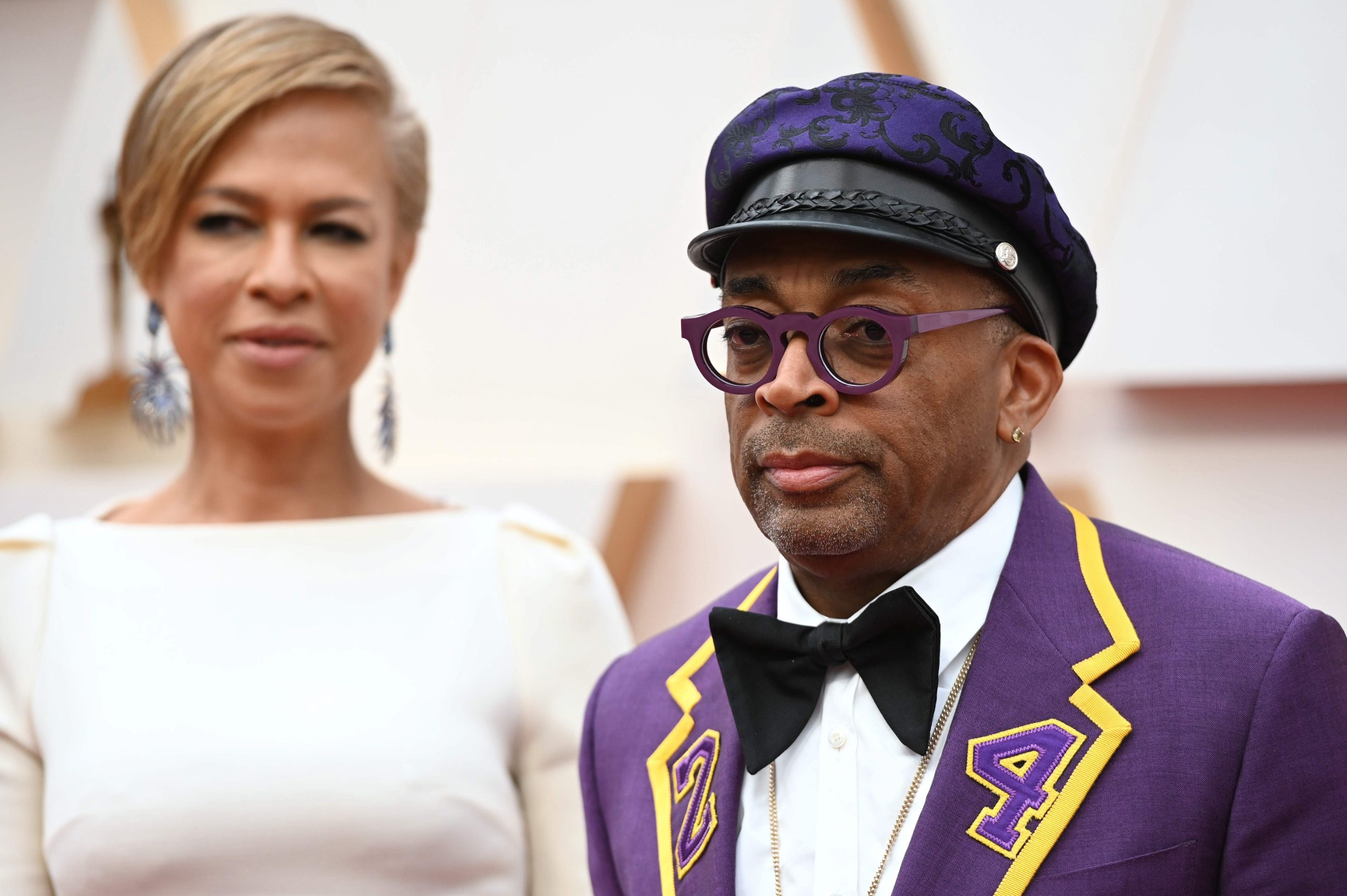 US director Spike Lee (R) and wife producer Tonya Lewis Lee arrive for the 92nd Oscars at the Dolby Theatre in Hollywood, California on February 9, 2020. (Photo by Robyn Beck / AFP)