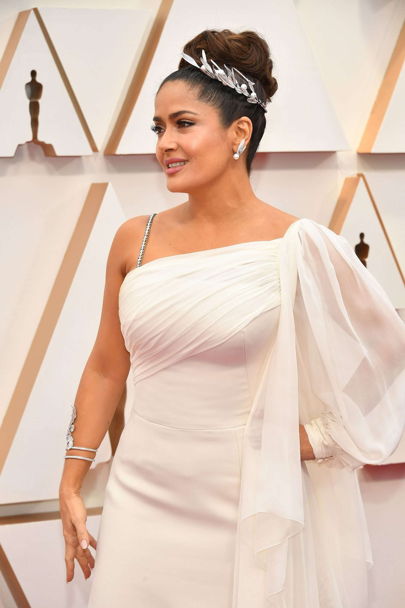 HOLLYWOOD, CALIFORNIA - FEBRUARY 09: Salma Hayek Pinault attends the 92nd Annual Academy Awards at Hollywood and Highland on February 09, 2020 in Hollywood, California.   Amy Sussman/Getty Images/AFP == FOR NEWSPAPERS, INTERNET, TELCOS & TELEVISION USE ONLY ==