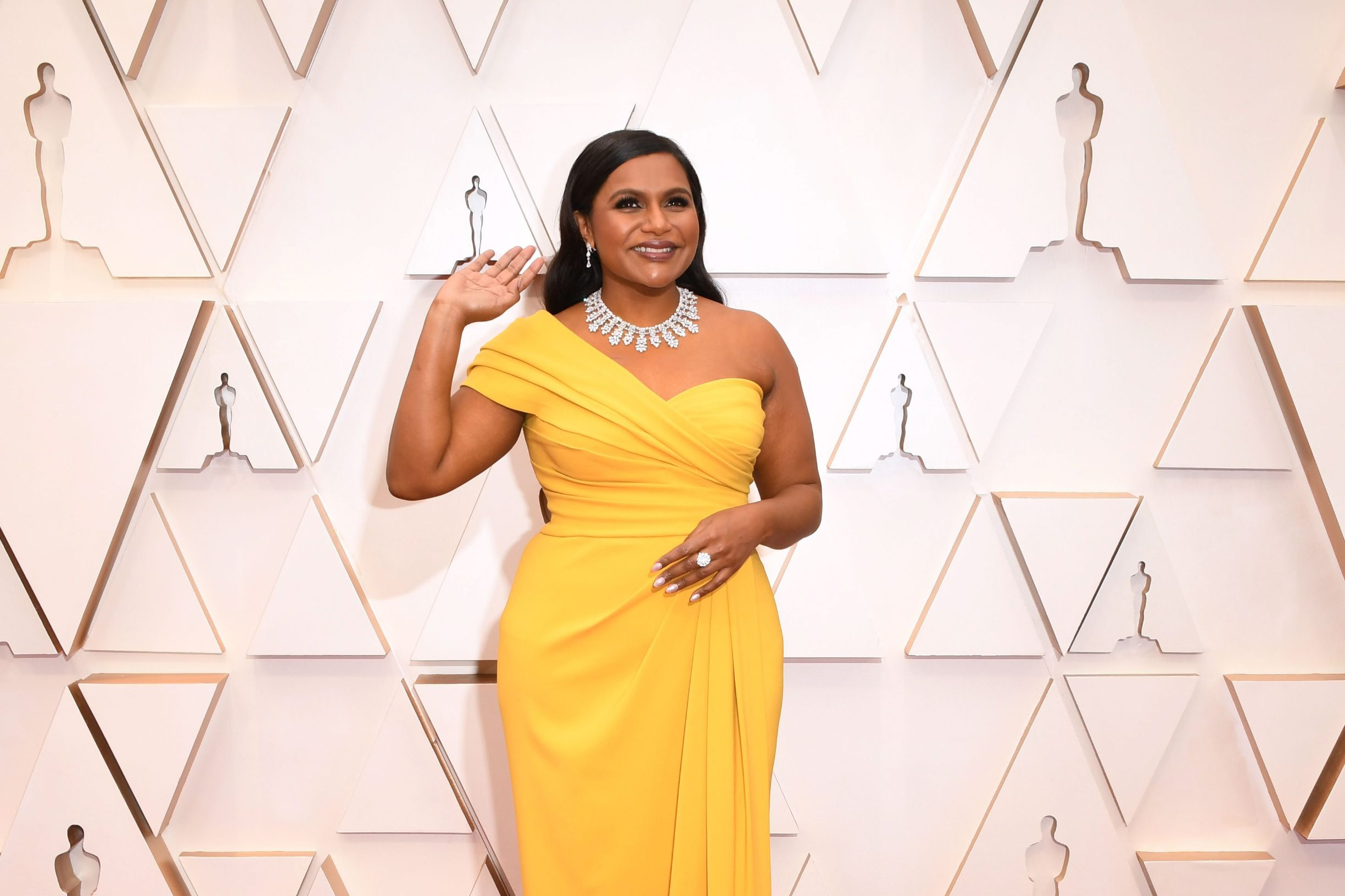 US actress Mindy Kaling arrives for the 92nd Oscars at the Dolby Theatre in Hollywood, California on February 9, 2020. (Photo by Robyn Beck / AFP)