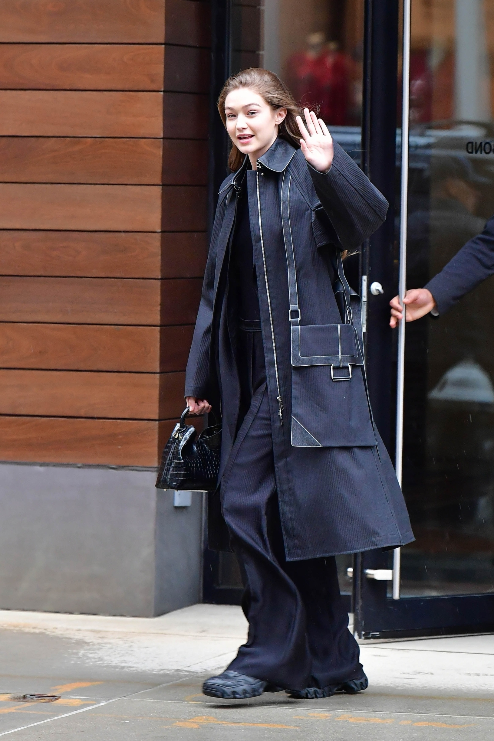 New York, Ny  - Gigi Hadid waving to the photographers  BACKGRID USA 10 FEBRUARY 2020, Image: 497651992, License: Rights-managed, Restrictions: RIGHTS: WORLDWIDE EXCEPT IN FRANCE, GERMANY, POLAND, Model Release: no, Credit line: Skyler2018 / BACKGRID / Backgrid USA / Profimedia