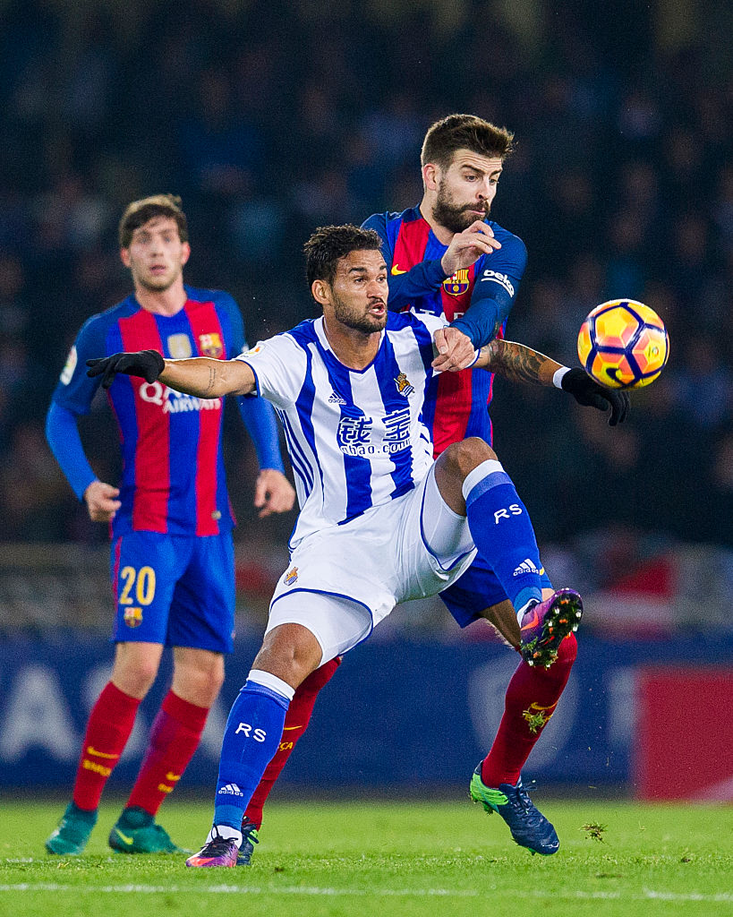 Willian Jose i Gerard Pique