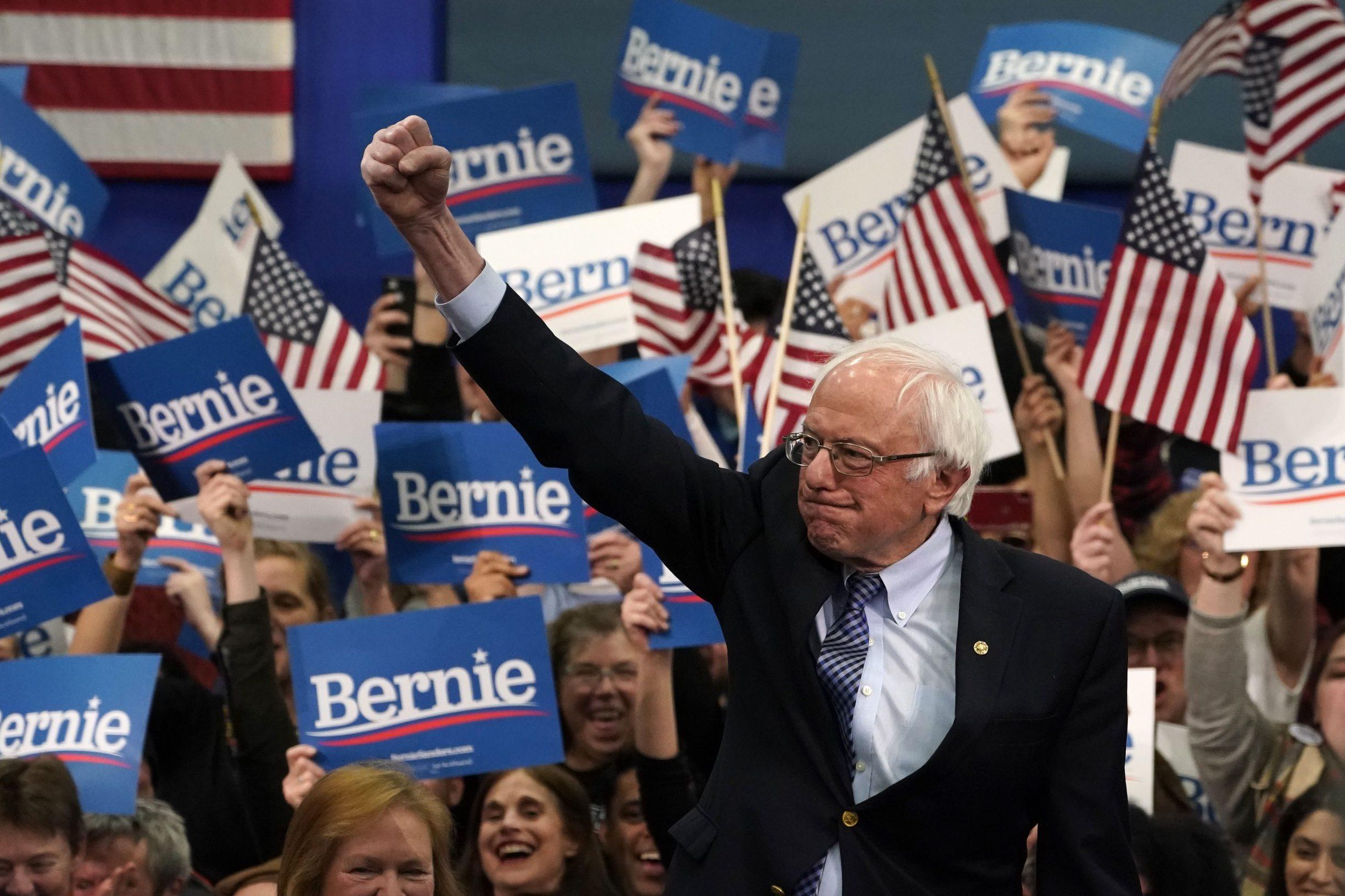 Senator iz Vermonta i samoprozvani demokratski socijalist Bernie Sanders relativan je pobjednik dva ciklusa predizbora Demokratske stranke; hoće li upravo on biti protukandidat Donalda Trumpa?