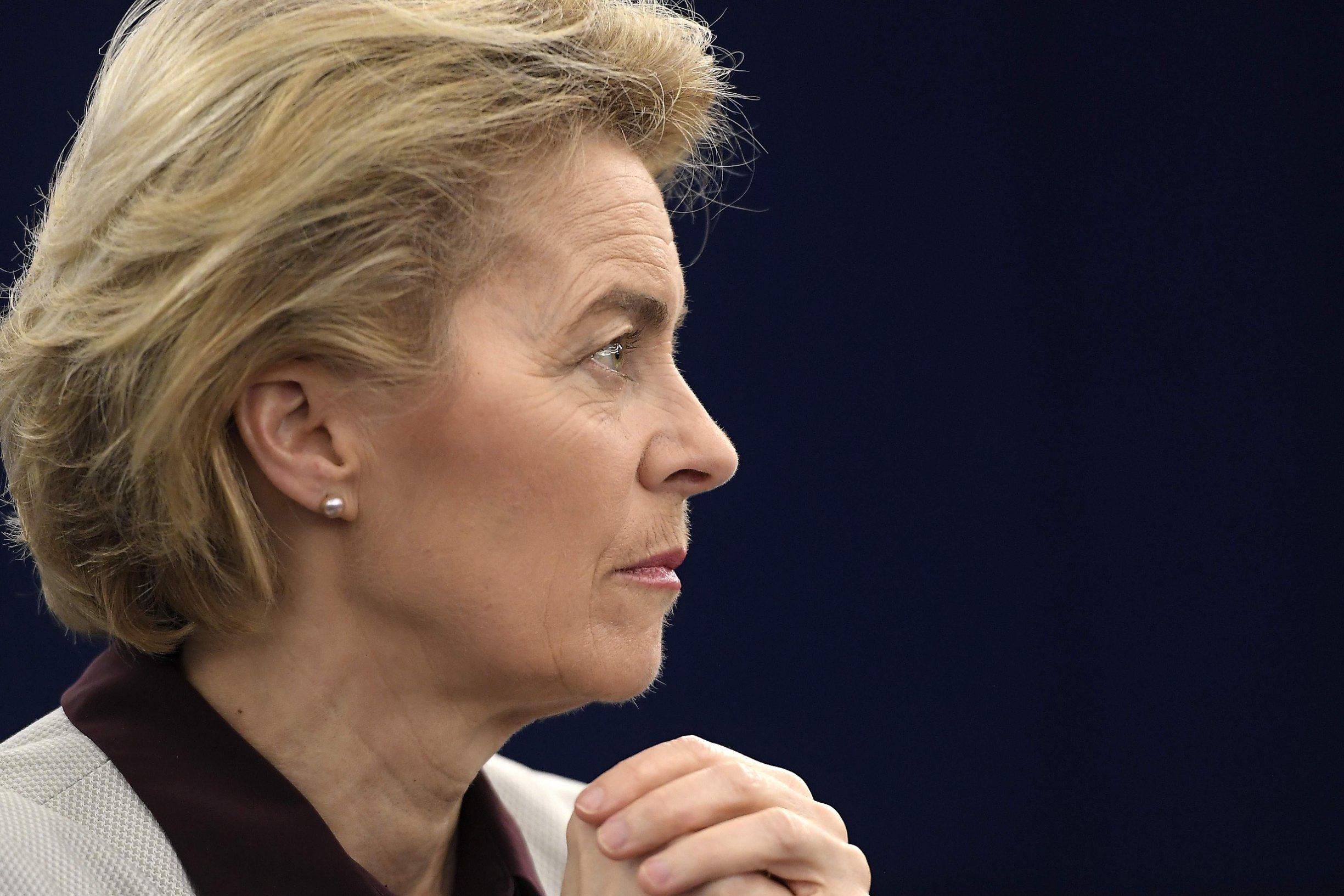 Predsjednica Europske komisije Ursula von der Leyen priznala je da se narušio Zakon o javnoj nabavi, ali je odbila preuzeti vlastitu odgovornost za malverzacije oko konzultantskih usluga ministarstva obrane