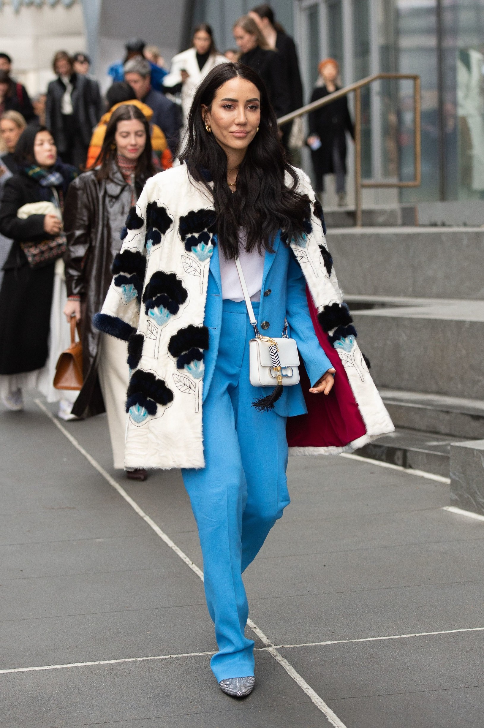Street Style Street Style, Fall Winter 2020, New York Fashion Week, USA - 10 Feb 2020, Image: 497760488, License: Rights-managed, Restrictions: , Model Release: no, Credit line: ANDREW MORALES/WWD / Shutterstock Editorial / Profimedia