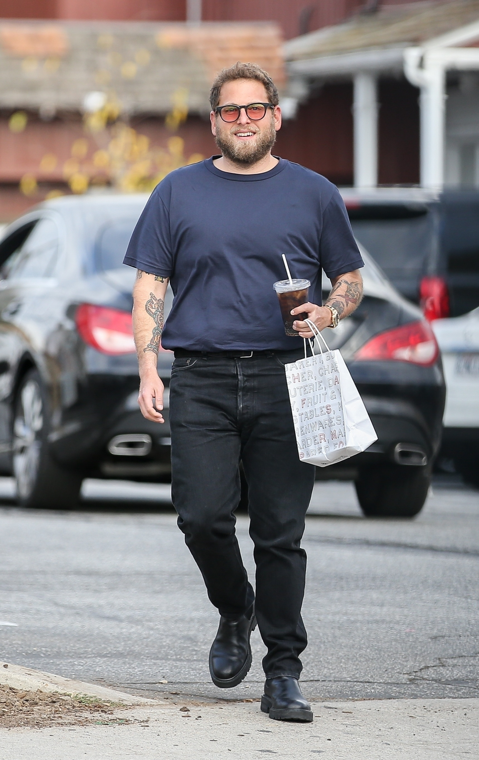 Brentwood, CA  - *EXCLUSIVE* - Actor/director, Jonah Hill, is out at the Brentwood Country Mart fueling up with coffee and food during a cloudy outing in Brentwood.  BACKGRID USA 19 NOVEMBER 2019, Image: 483789048, License: Rights-managed, Restrictions: , Model Release: no, Credit line: Poersch / BACKGRID / Backgrid USA / Profimedia