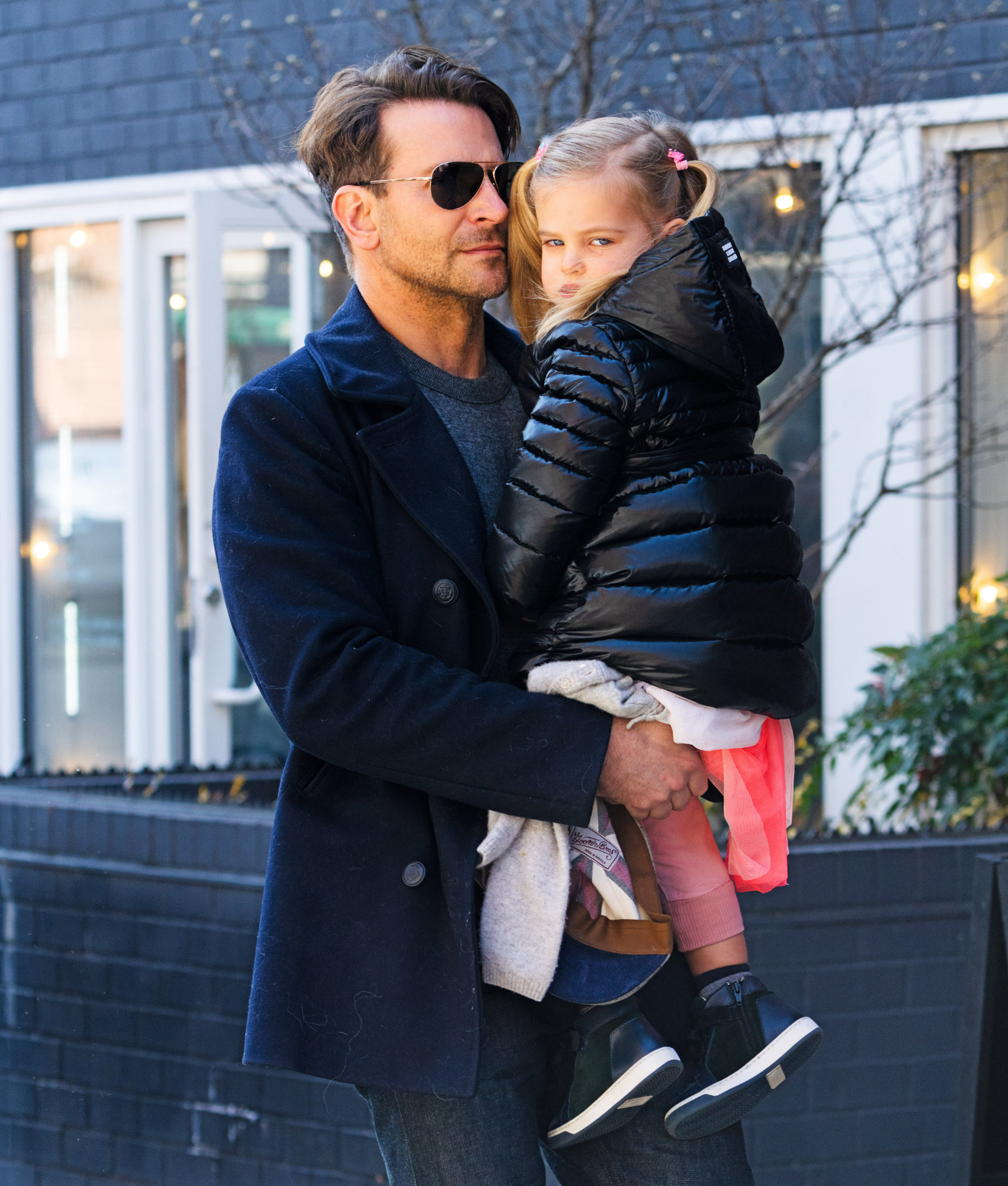 02/17/2020 EXCLUSIVE: Bradley Cooper holds his daughter close in New York City. The 45 year old doting dad wore a black wool coat, dark trousers, and leather shoes., Image: 499134058, License: Rights-managed, Restrictions: Exclusive NO usage without agreed price and terms. Please contact sales@theimagedirect.com, Model Release: no, Credit line: TheImageDirect.com / The Image Direct / Profimedia