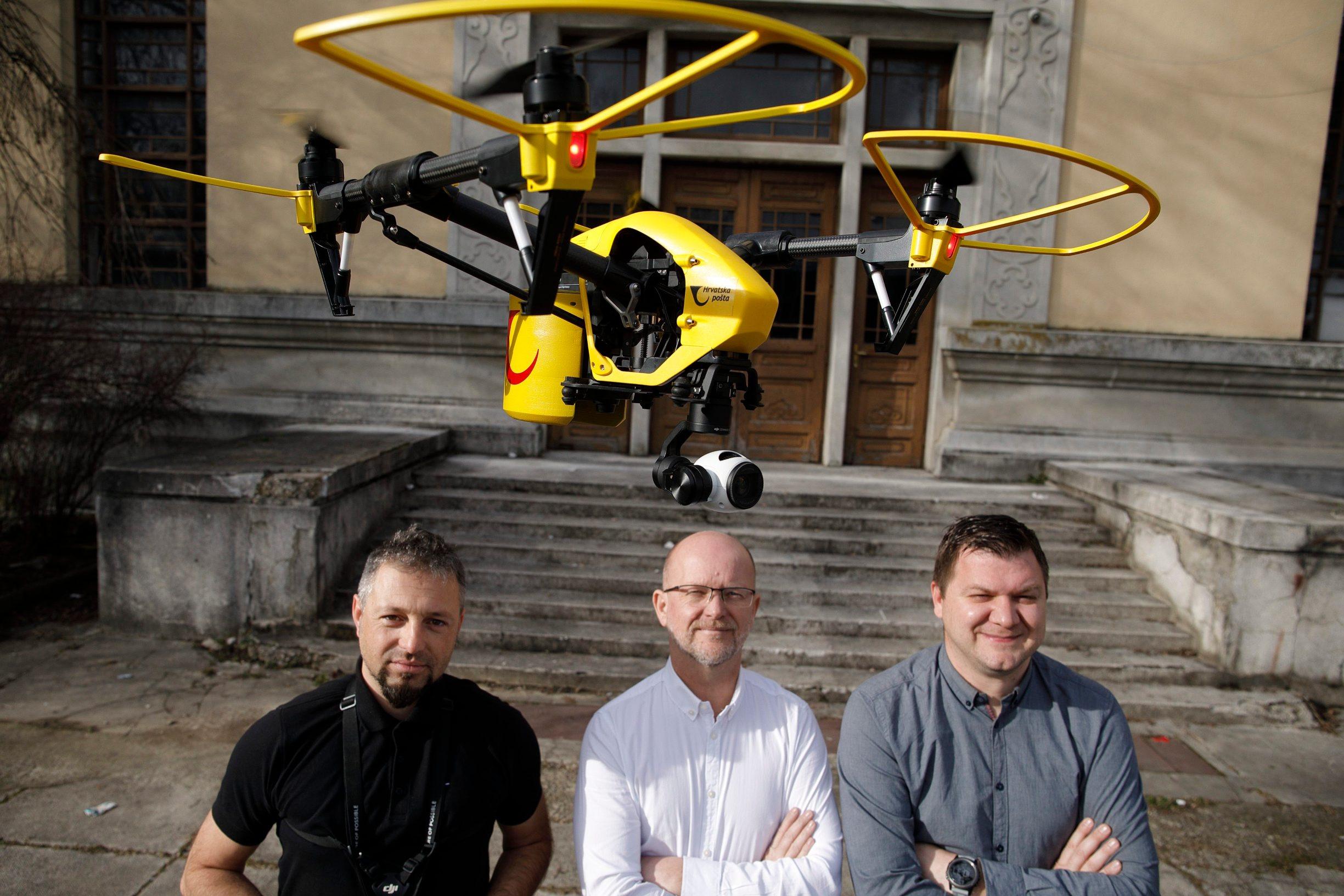 Ivan Vidaković, Davor Sladović i Milan Domazet iz startup tvrtke AIR-RMLD