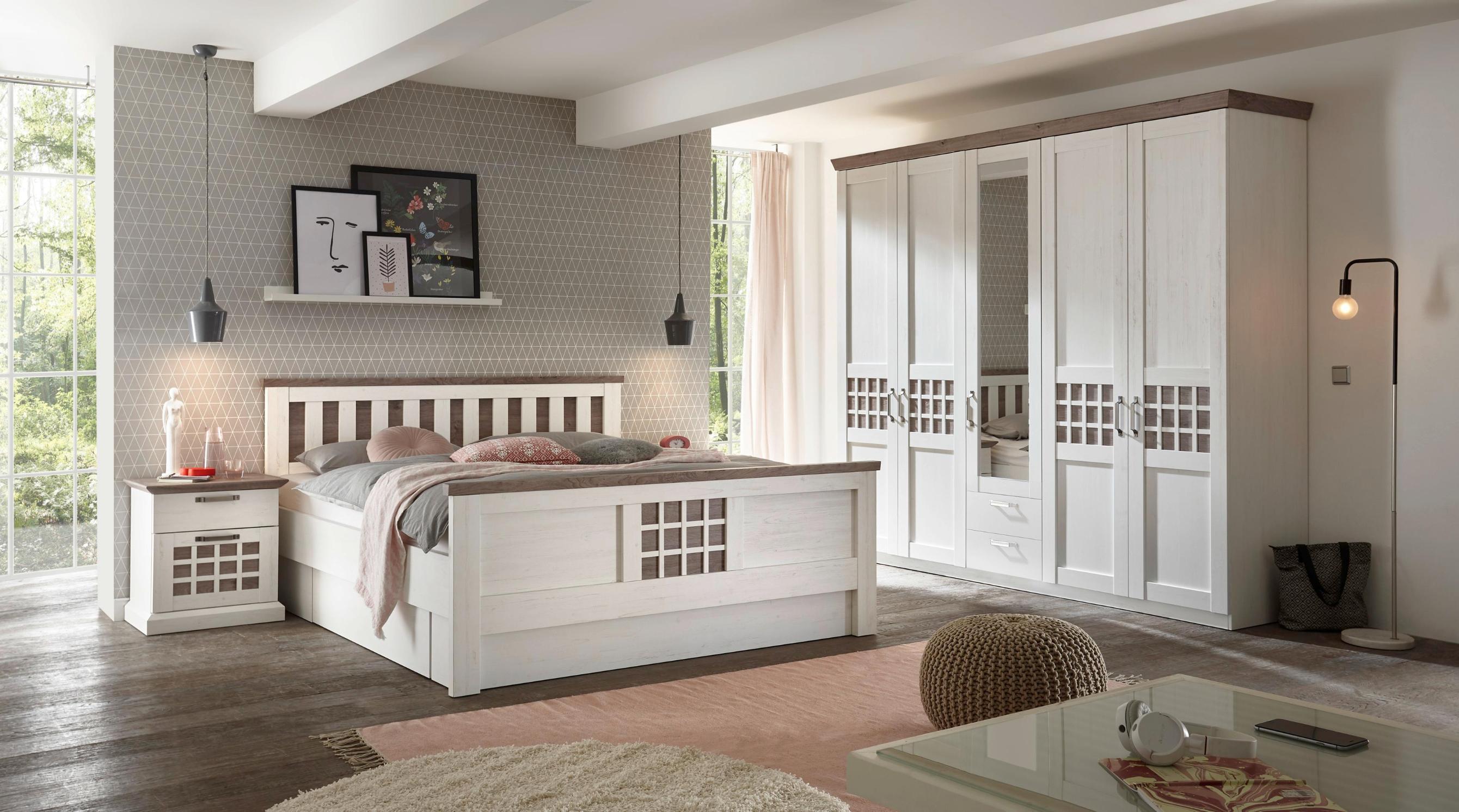 Spavaća soba Savona, krevet 200x180 cm, s dva noćna 4.999,00 kn, ormar  256x225x61 cm, 5.999,00 kn, 12980017-01-M01
