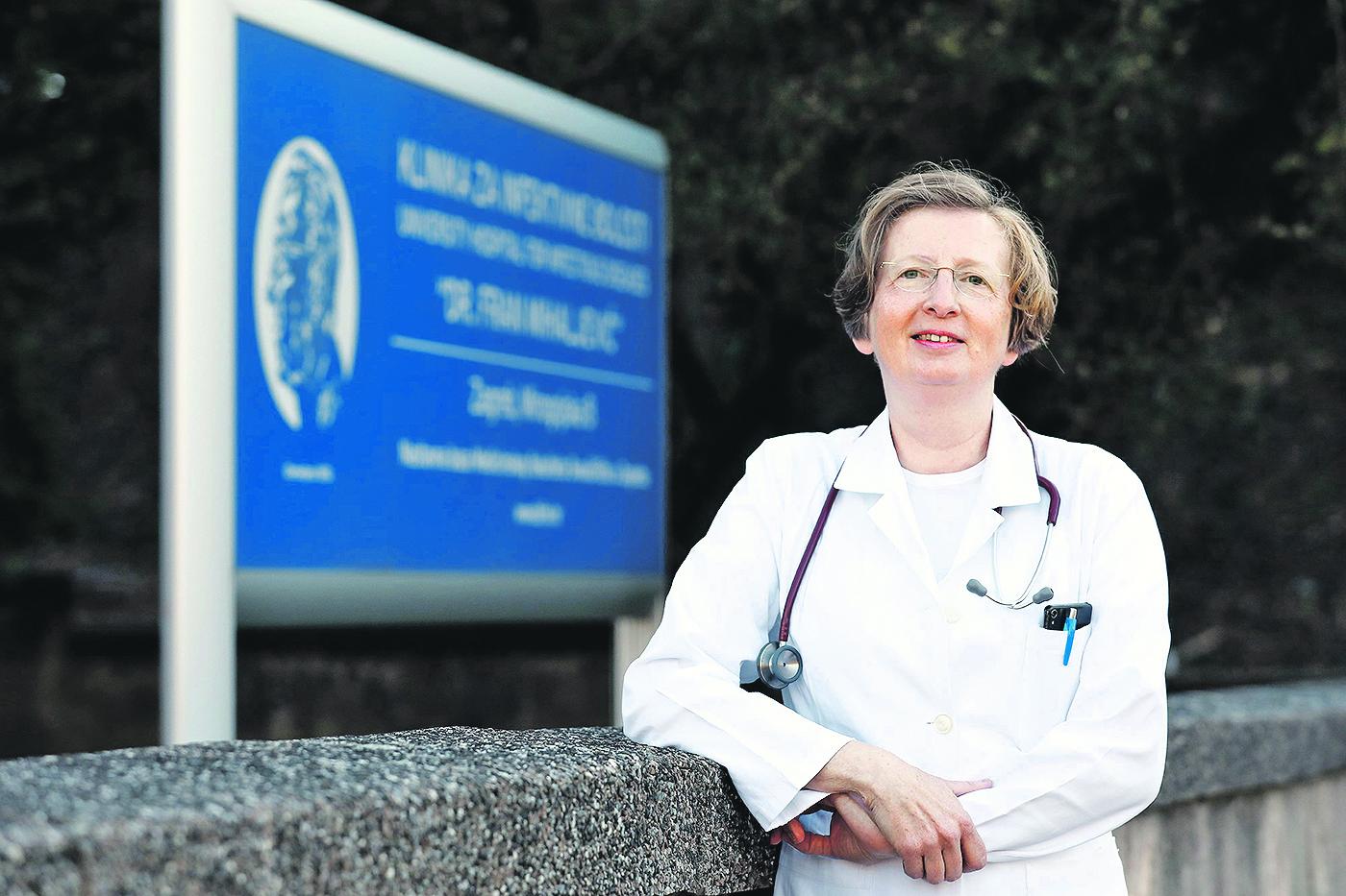 Zagreb, 200220. Klinika za infektivne bolesti Dr Fran Mihaljevic,  Mirogojska 8. Na fotografiji: dr Alenka Markotic - ravnateljica. Foto: Tomislav Kristo / CROPIX