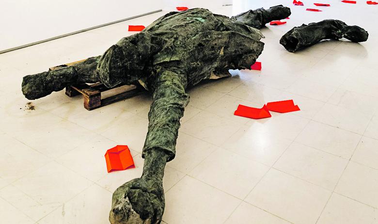 """Prizor s otvaranja izložbe """"Kad spomenici ožive"""" u zagrebačkoj Galeriji Nova 15. rujna prošle godine"""