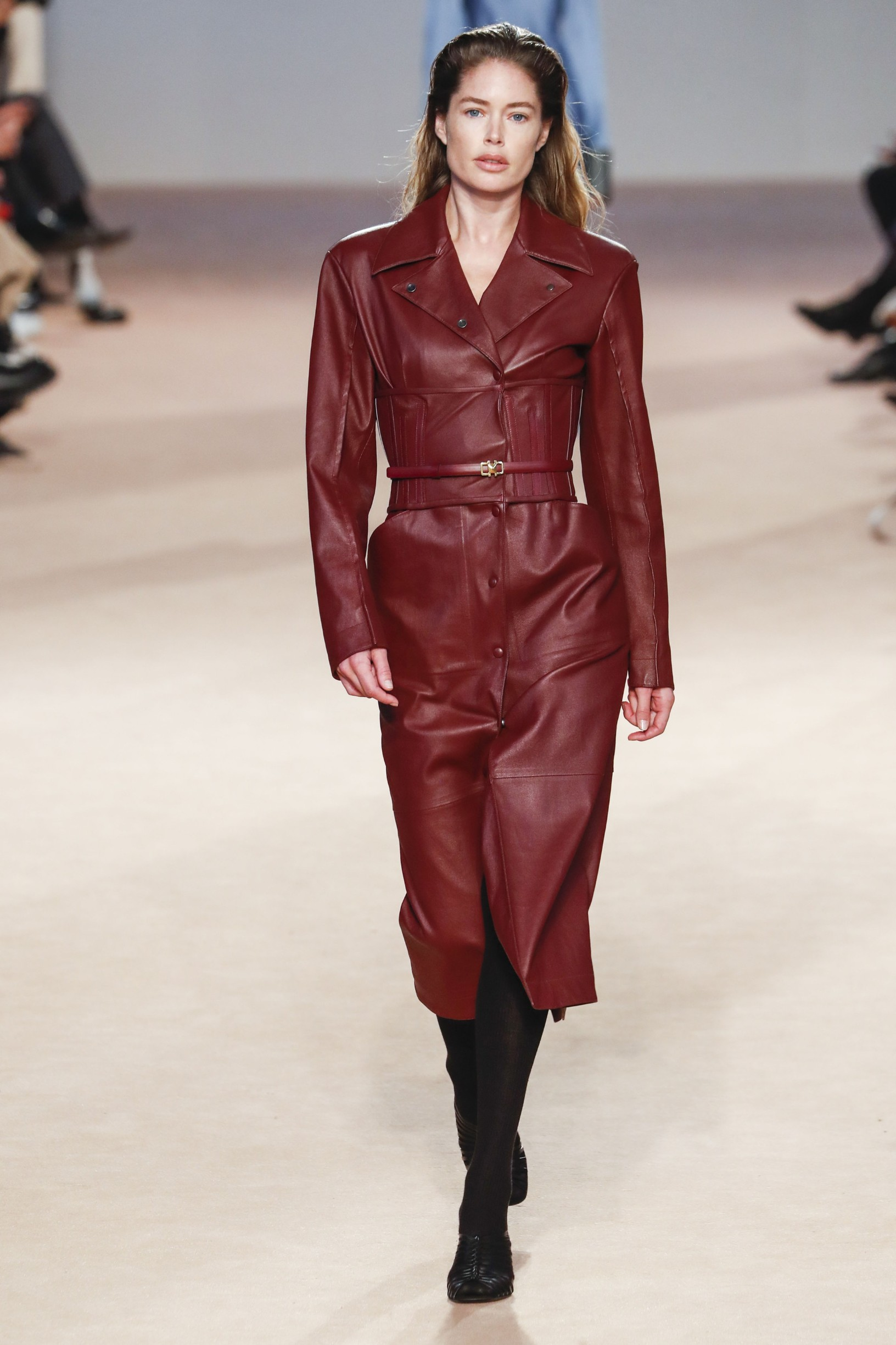 Salvatore Ferragamo  Model On Catwalk, Woman Women, Milan Fashion Week 2020 Ready To Wear For Fall Winter, Defile, Fashion Show Runway Collection, Pret A Porter, PAP, Modelwear, Modeschau Laufsteg Autumn Herbst Italy  Model, Fashion Show, Runway, Catwalk, Style, Look,, Image: 500451521, License: Rights-managed, Restrictions: WORLD RIGHTS excluding USA, ITALY, AUSTRIA, FRANCE - Fee Payable Upon Reproduction - For queries contact Avalon.red - sales@avalon.red London: +44 (0) 20 7421 6000 Los Angeles: +1 (310) 822 0419 Berlin: +49 (0) 30 76 212 251, Model Release: no, Credit line: Avalon.red / Avalon Editorial / Profimedia
