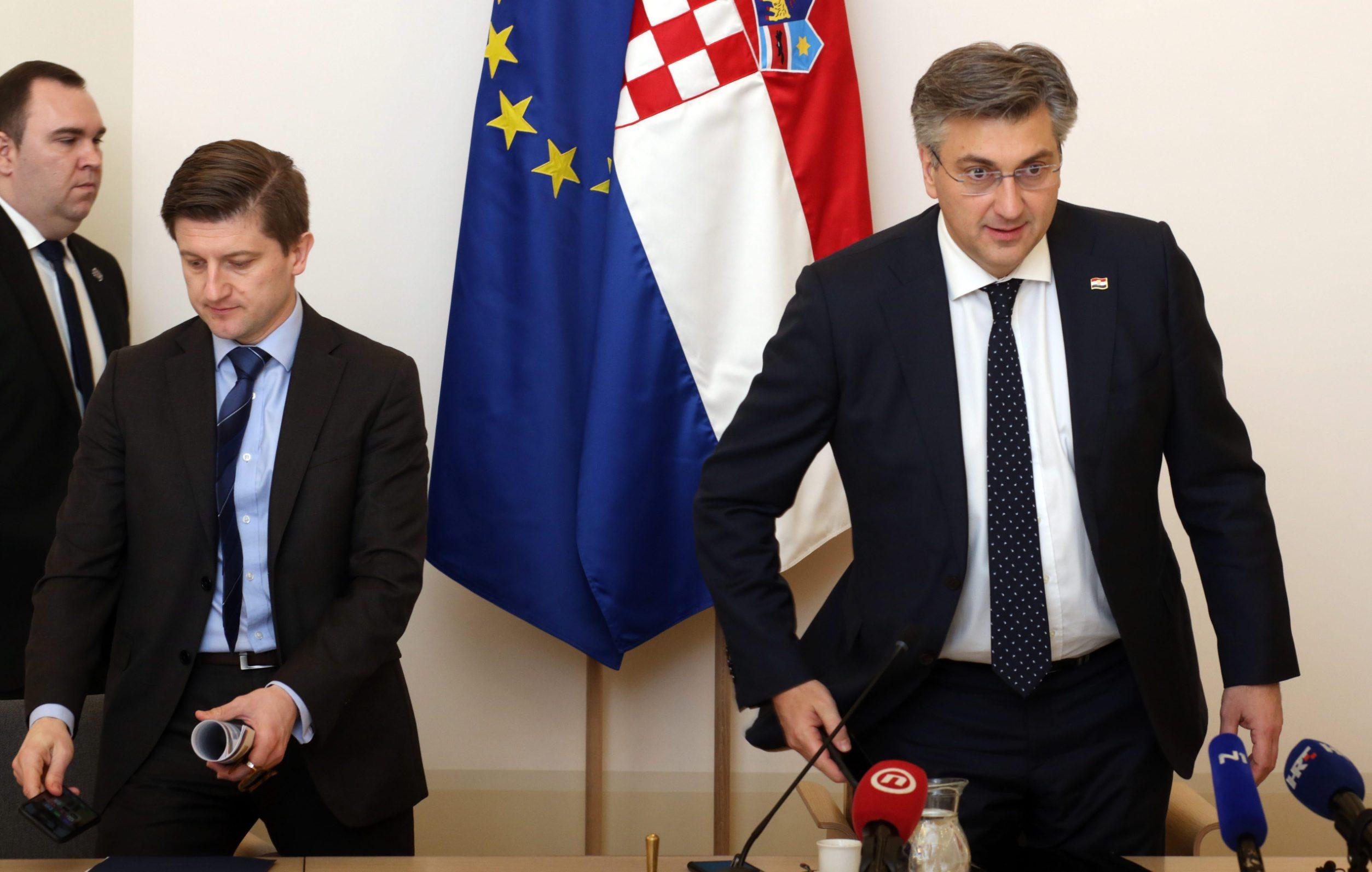 Minister of Finance Zdravko Marić and Prime Minister Andrej Plenković