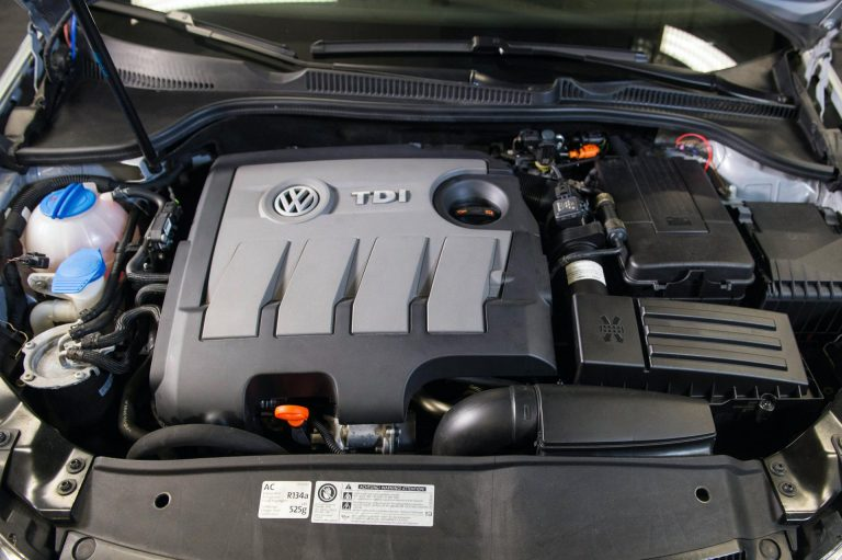 VW-1.6-TDI-EA-189-engine-768x511