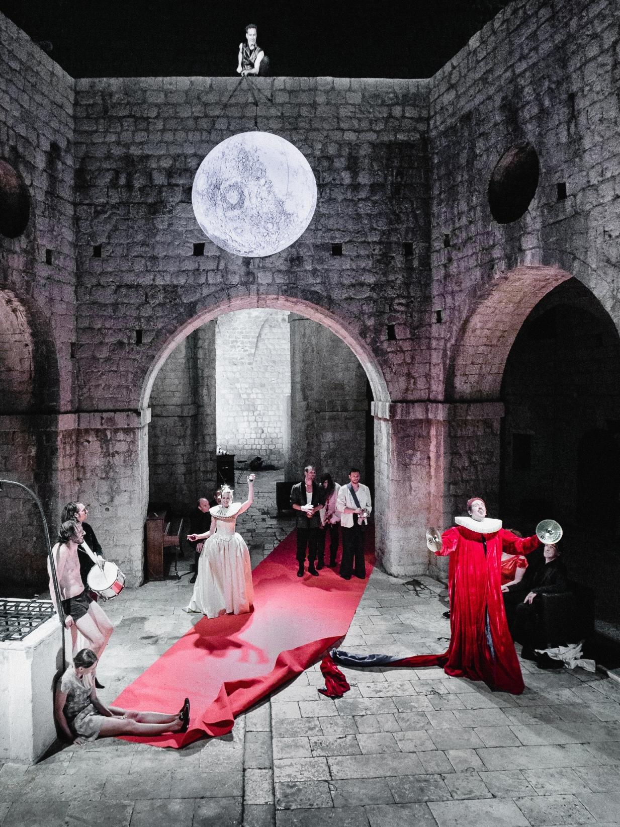 Hamlet na Lovrjencu.