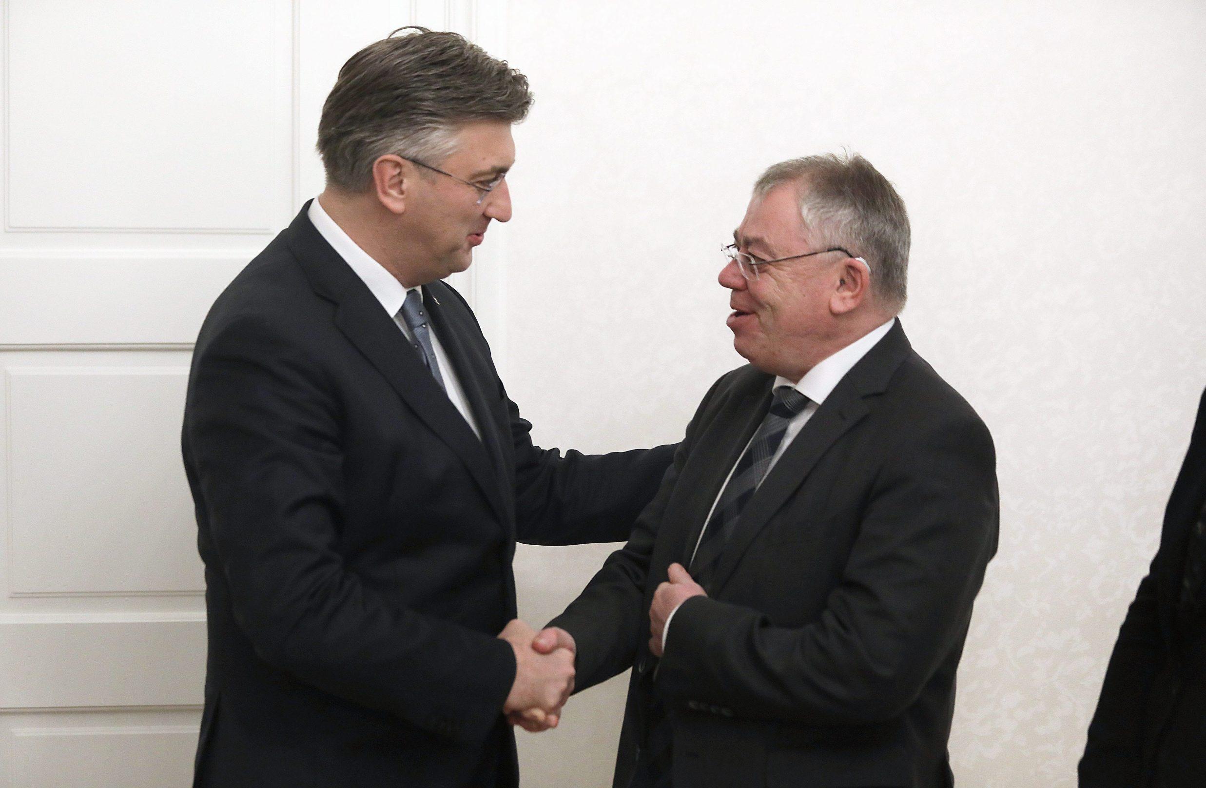 Predsjednik Vlade Andrej Plenković primio je predsjednika Europskog revizorskog suda Klausa Heinera Lehnea (desno)