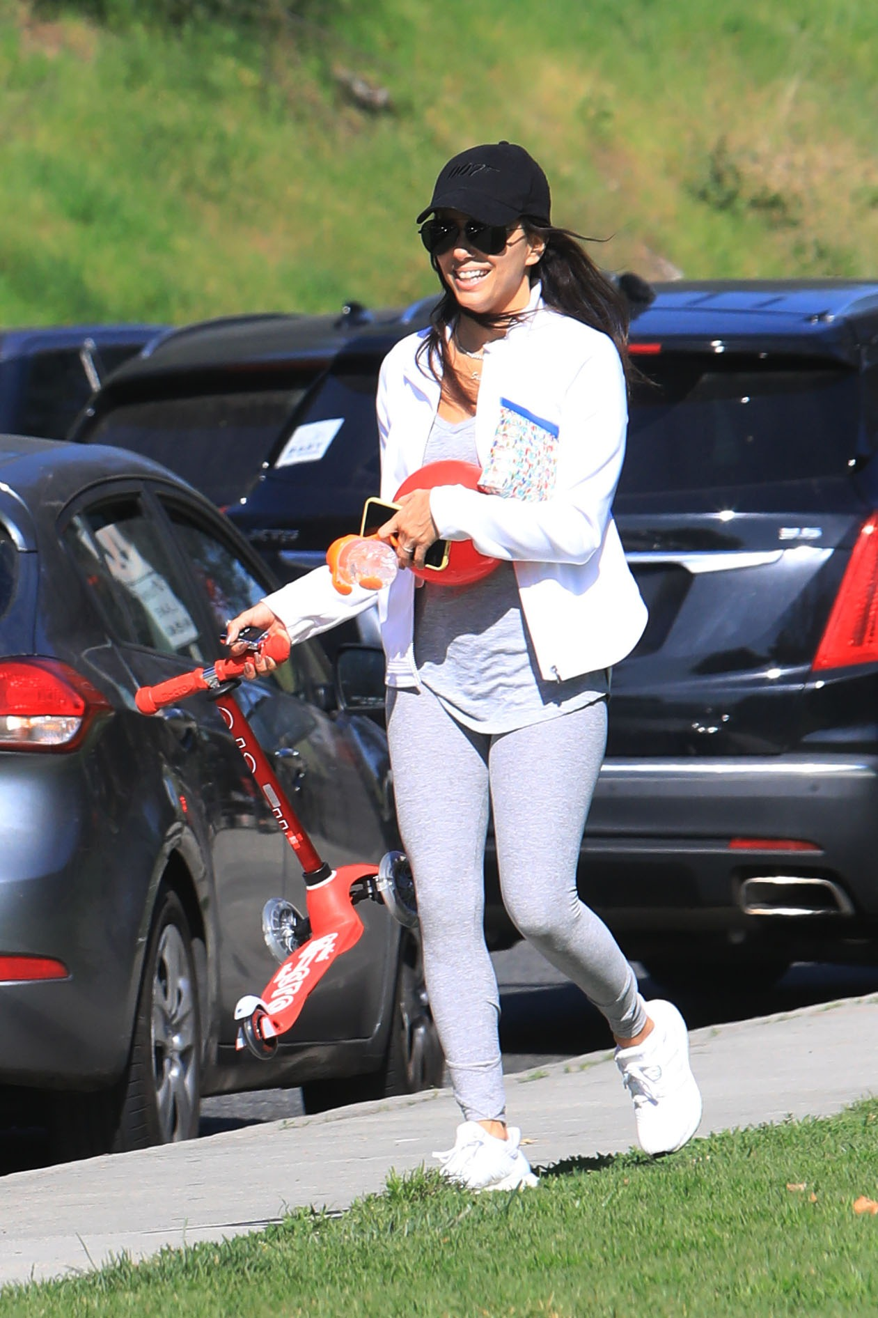 EXCLUSIVE: Eva Longoria and her husband Jose Baston takes their kid Santiago to the park in Beverly Hills **SPECIAL INSTRUCTIONS*** Please pixelate children's faces before publication.***. 03 Feb 2020, Image: 496286038, License: Rights-managed, Restrictions: World Rights, Model Release: no, Credit line: MEGA / The Mega Agency / Profimedia