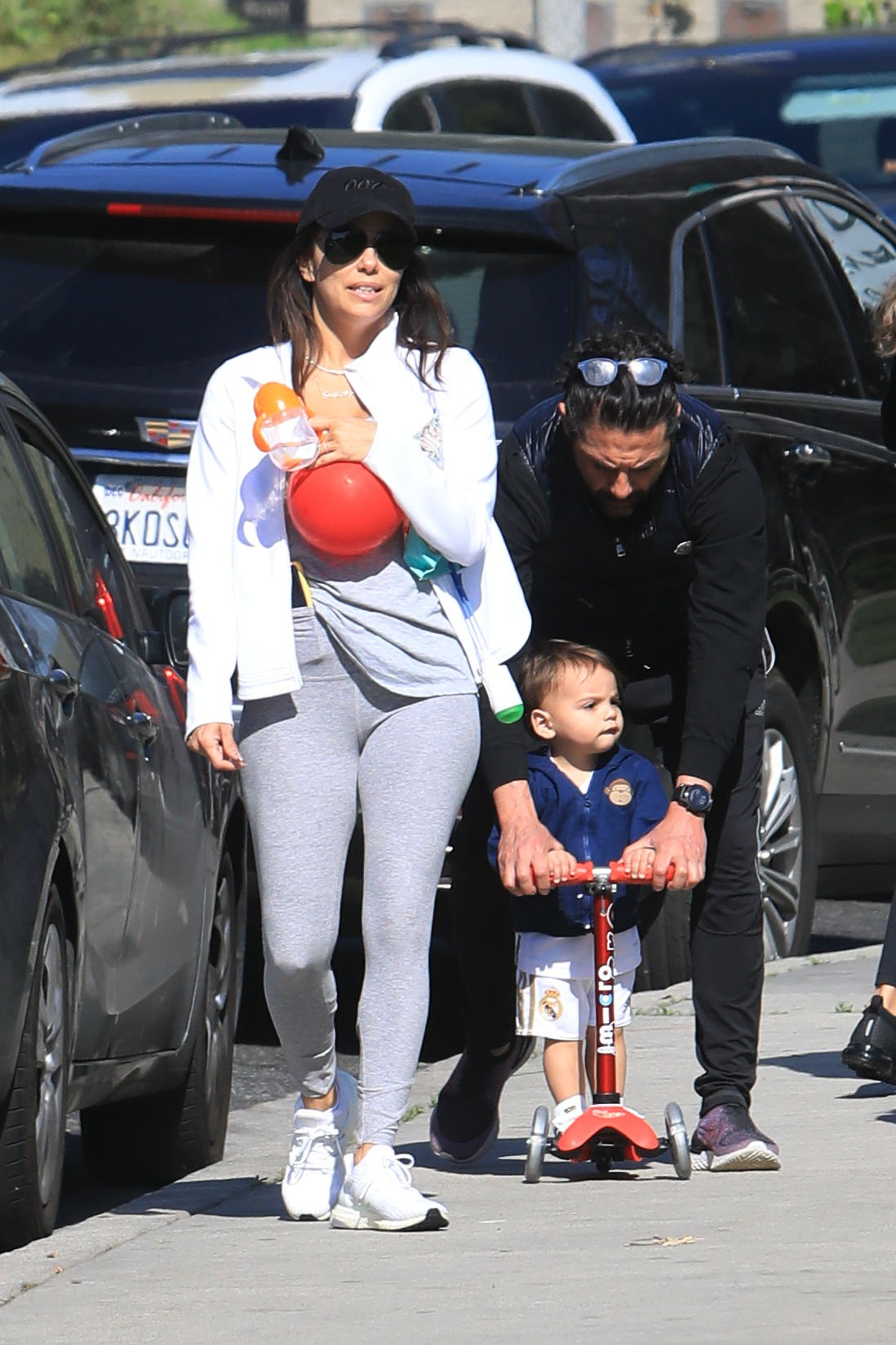EXCLUSIVE: Eva Longoria and her husband Jose Baston takes their kid Santiago to the park in Beverly Hills **SPECIAL INSTRUCTIONS*** Please pixelate children's faces before publication.***. 03 Feb 2020, Image: 496286094, License: Rights-managed, Restrictions: World Rights, Model Release: no, Credit line: MEGA / The Mega Agency / Profimedia