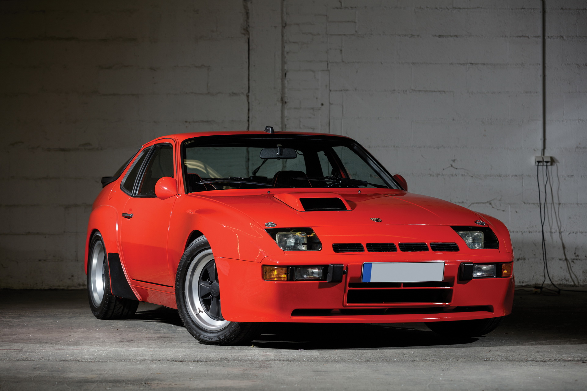 1982-porsche-924-carrera-gts-1