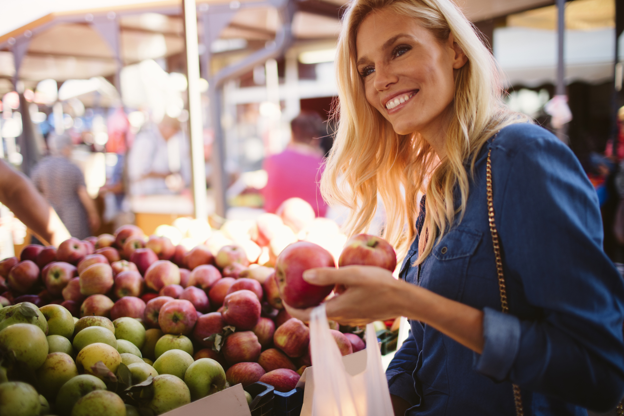 Fuji je zasigurno jedna od atraktivnijih modernih sorti jabuke i kod nas je popularna posljednjih godina.
