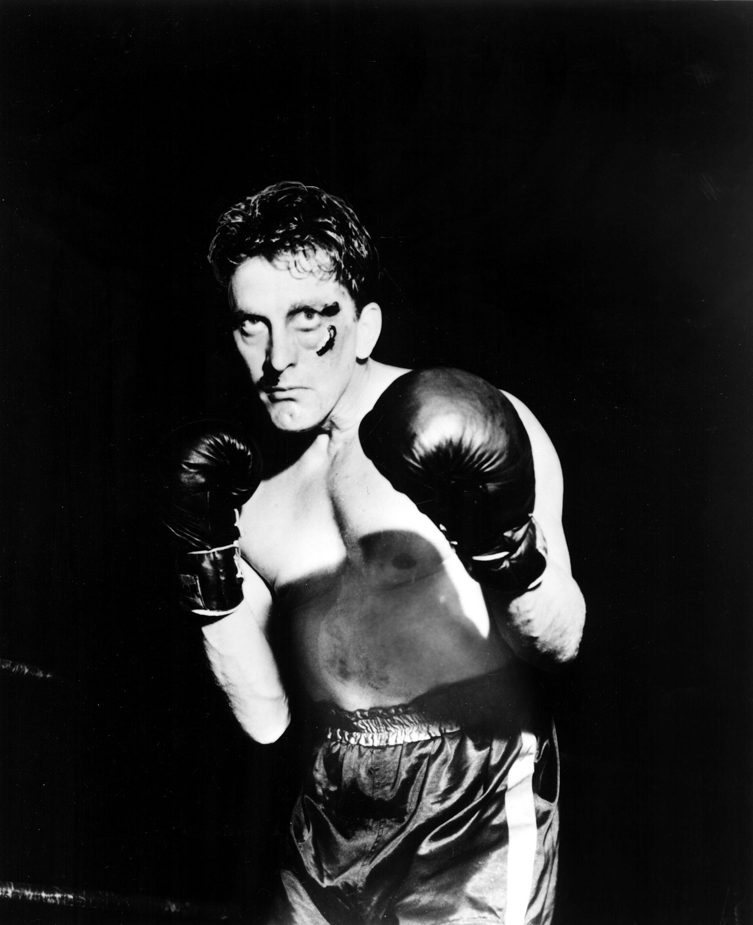 CHAMPION, Kirk Douglas, 1949, Image: 98261668, License: Rights-managed, Restrictions: For usage credit please use; Courtesy Everett Collection, Model Release: no, Credit line: Courtesy Everett Collection / Everett / Profimedia