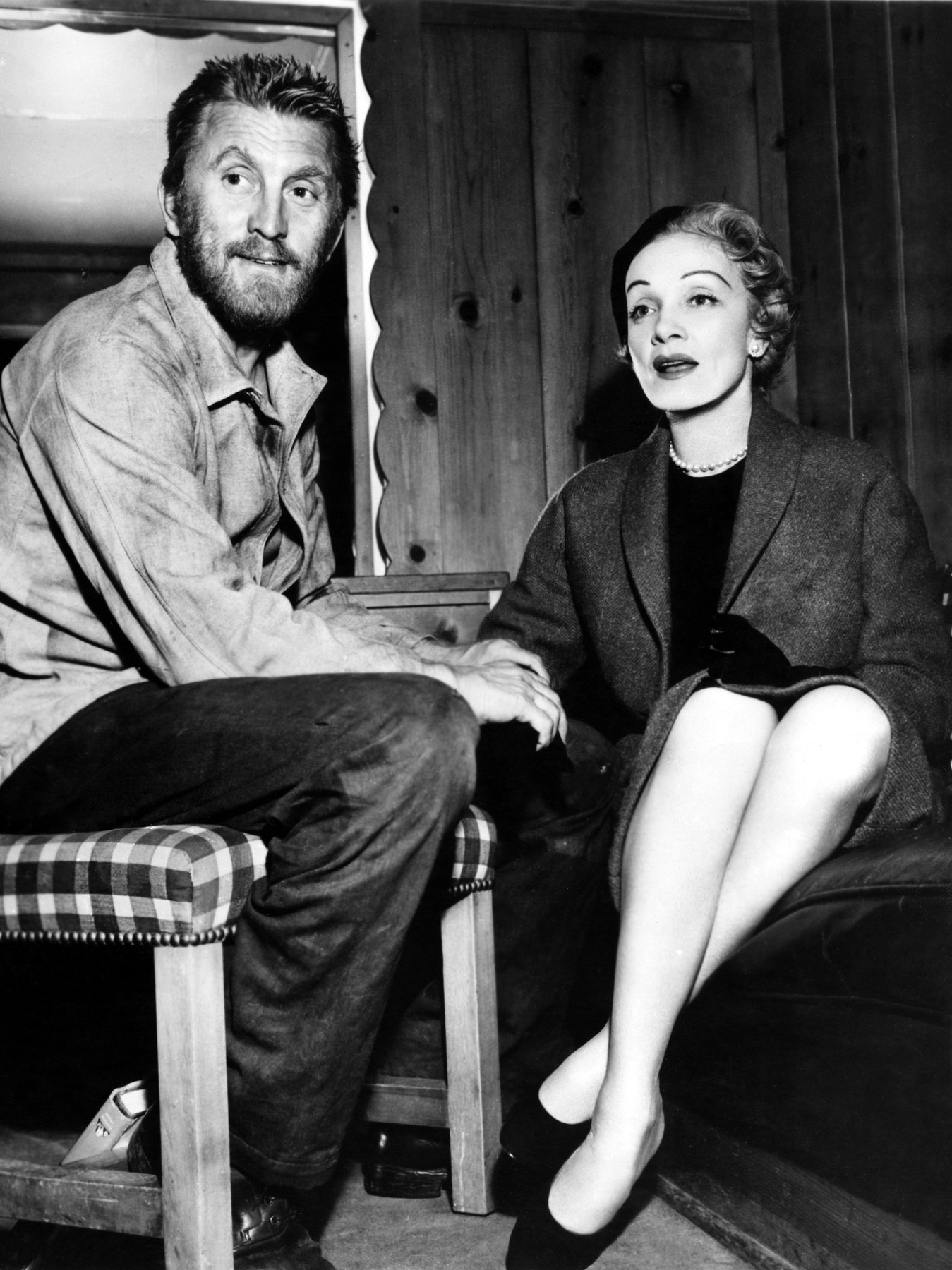 LUST FOR LIFE, Kirk Douglas, Marlene Dietrich on the set, 1956, Image: 307590290, License: Rights-managed, Restrictions: Courtesy Everett Collection, Model Release: no, Credit line: Courtesy Everett Collection / Everett / Profimedia