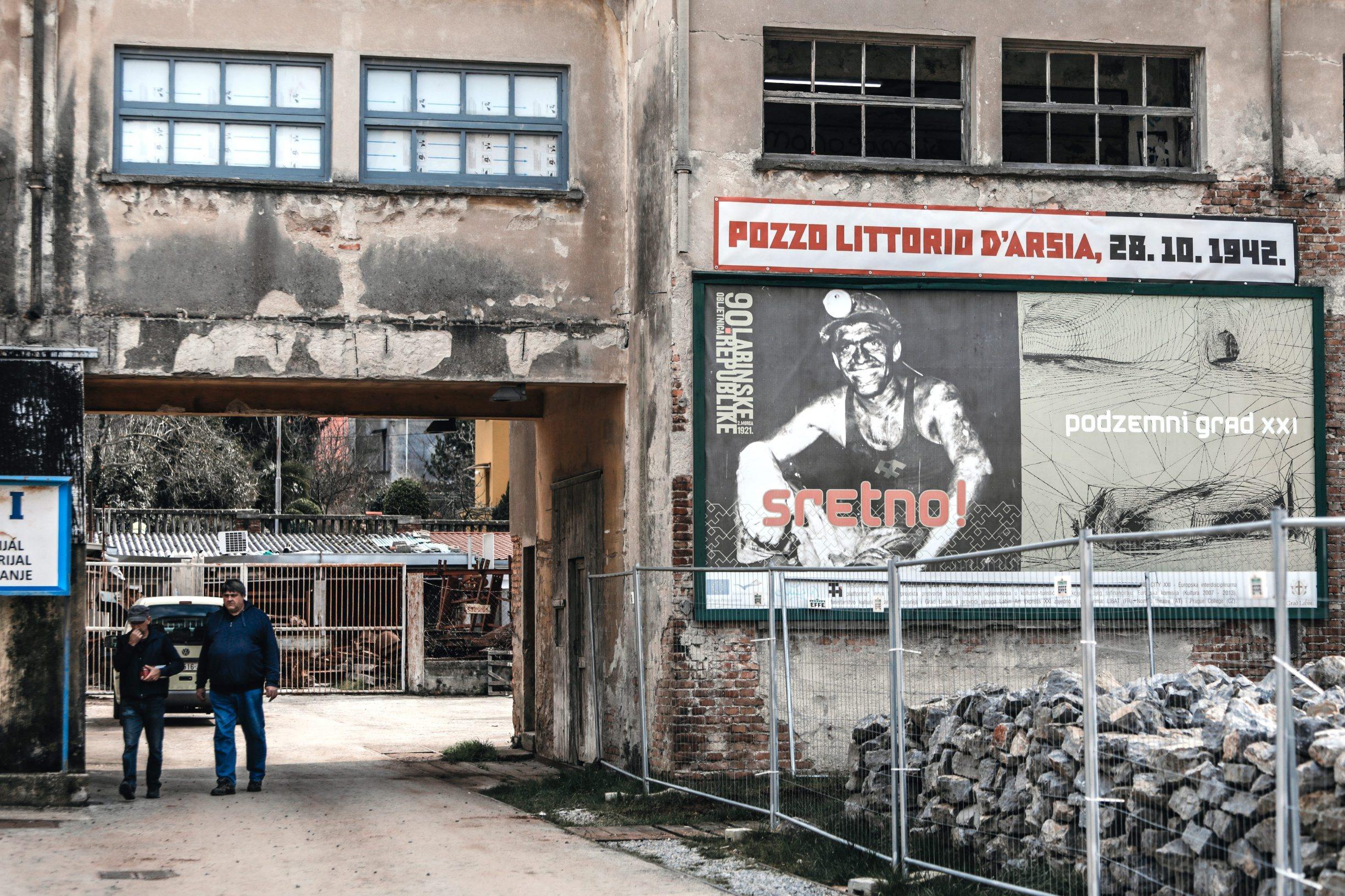 Labin, 250220 Reportaza o gradu Labinu u ciklusu I to je Hrvatska.  Na fotografiji labinska lamparna. Foto: Danijel Soldo / CROPIX