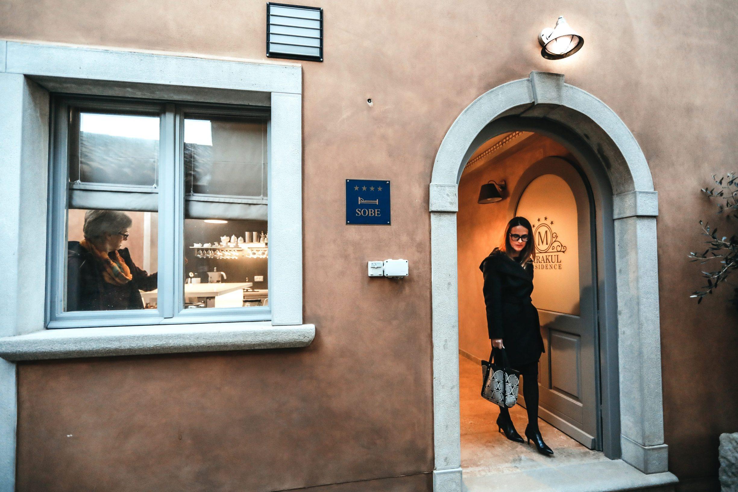 Labin, 250220 Reportaza o gradu Labinu u ciklusu I to je Hrvatska.  Na fotografiji Astrid Glavicic, vlasnica apartmana i soba Lemechi Casa San Marco. Foto: Danijel Soldo / CROPIX