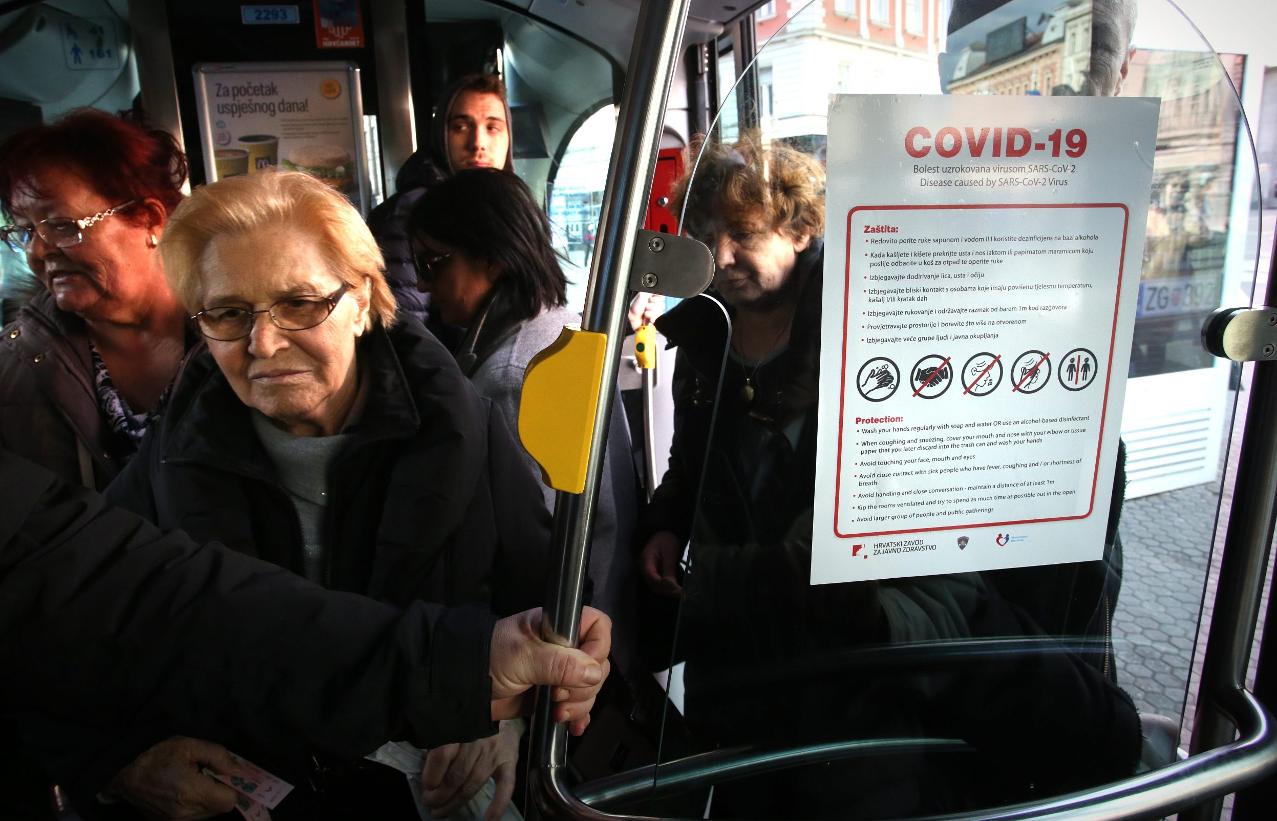 Prevention signs in the public transport
