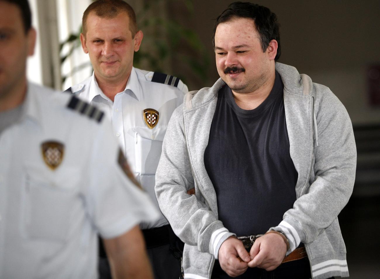 Siniša Adamić na sudu u Rijeci 2009. kada je osuđen na četiri godine zatvora zbog pokušaja otmice maloljetnice