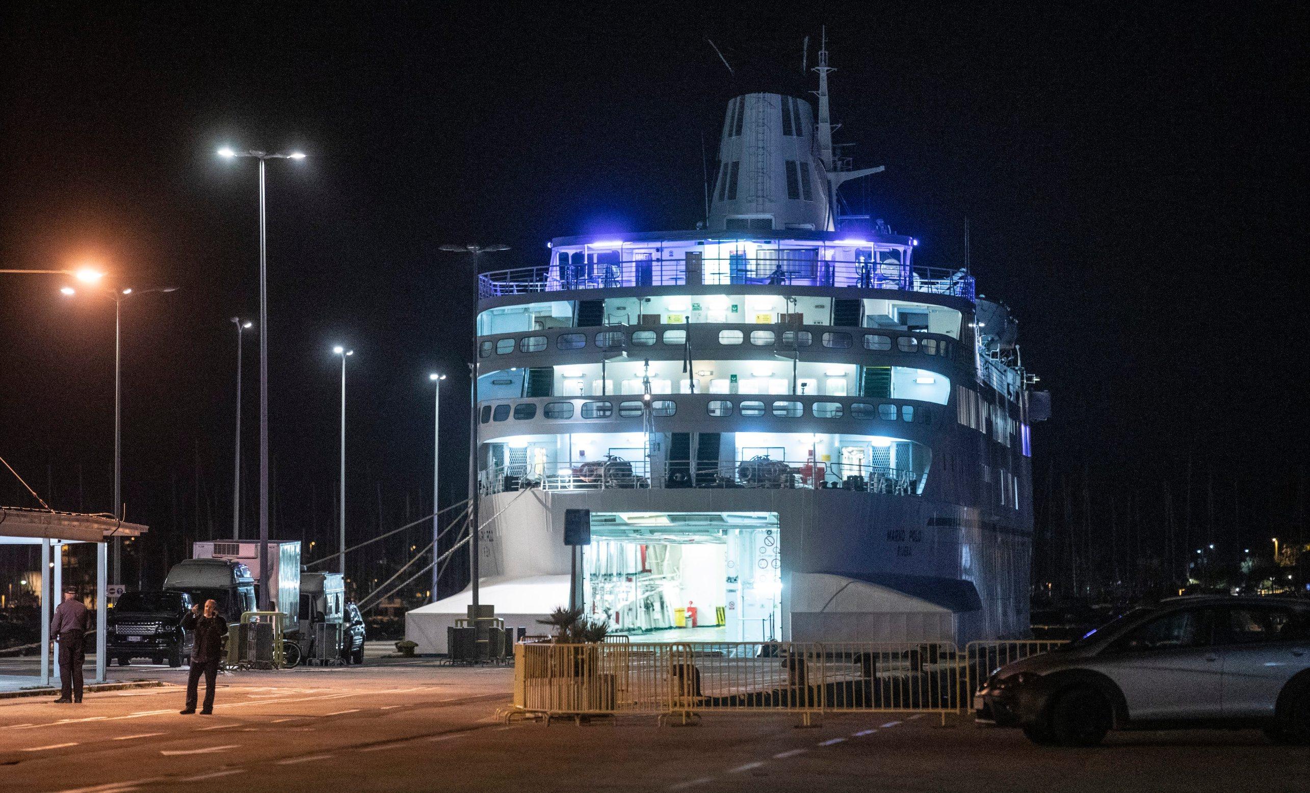 Putnički brod Jadrolinije Marko Polo koji je jutros stigao iz Ancone na vezu u trajektnoj luci Split.