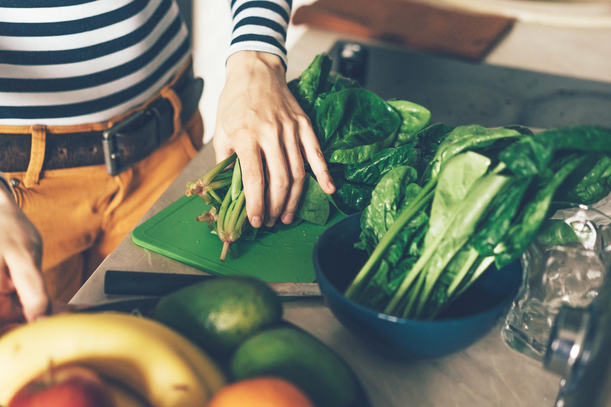 Špinat, ali i sve zeleno lisnato povrće, obiluje antioksidansima pa se smatra poželjnim za dobar imunitet