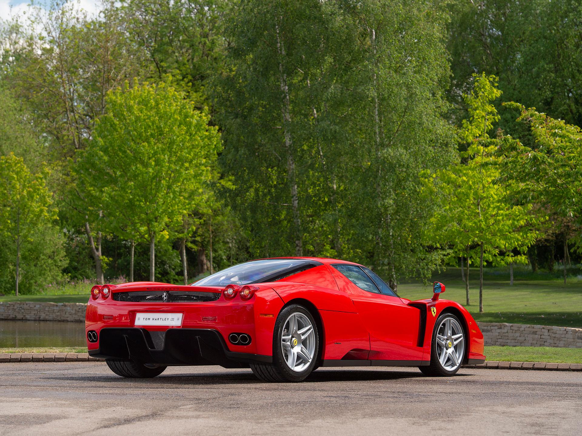 Ferrari-Enzo-8