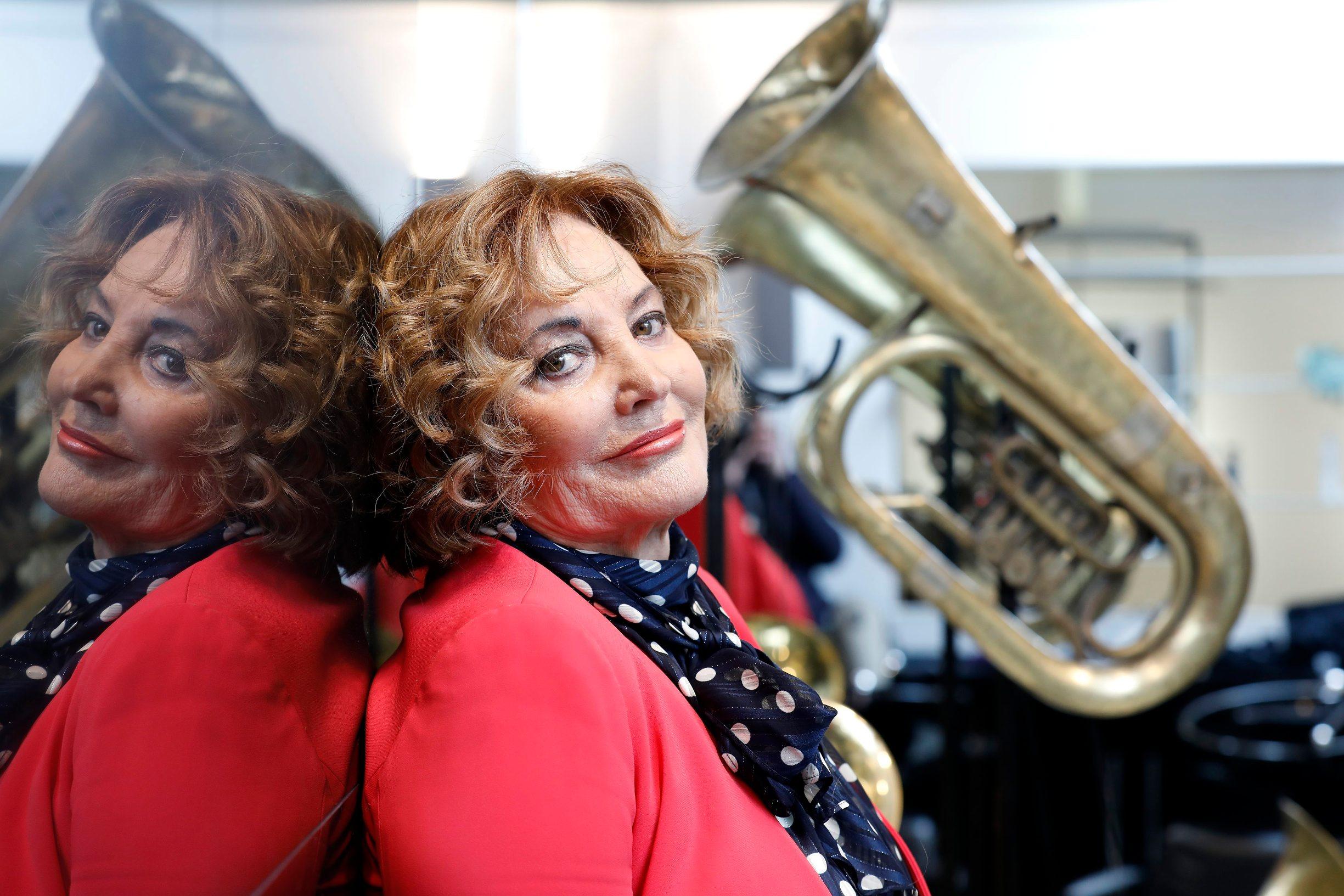 Tereza Kesovija u frizerskom salonu Glamour